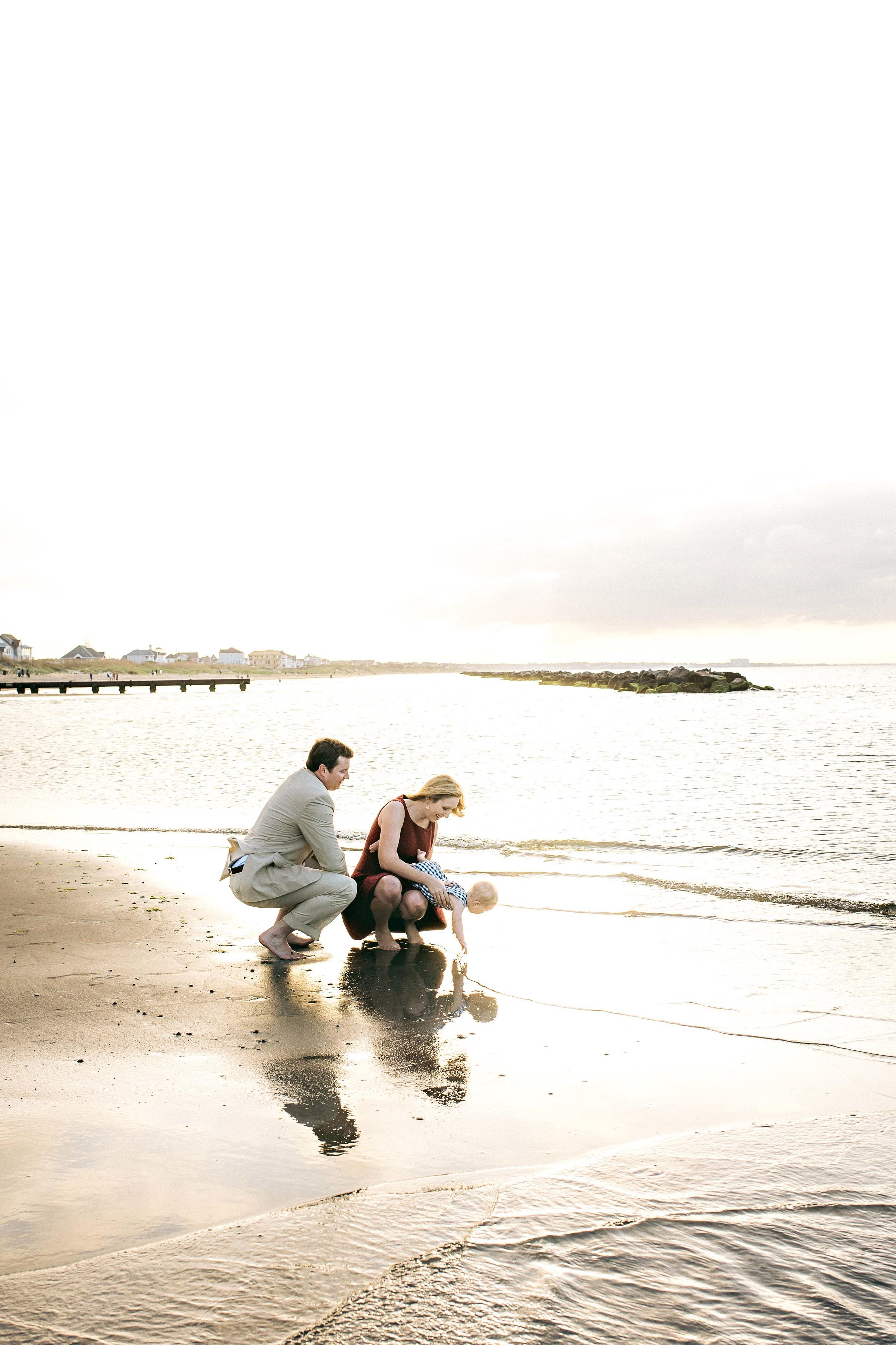 melissa-bliss-photography-family-beach-session-east-beach-norfolk-virginia-beach-photographers
