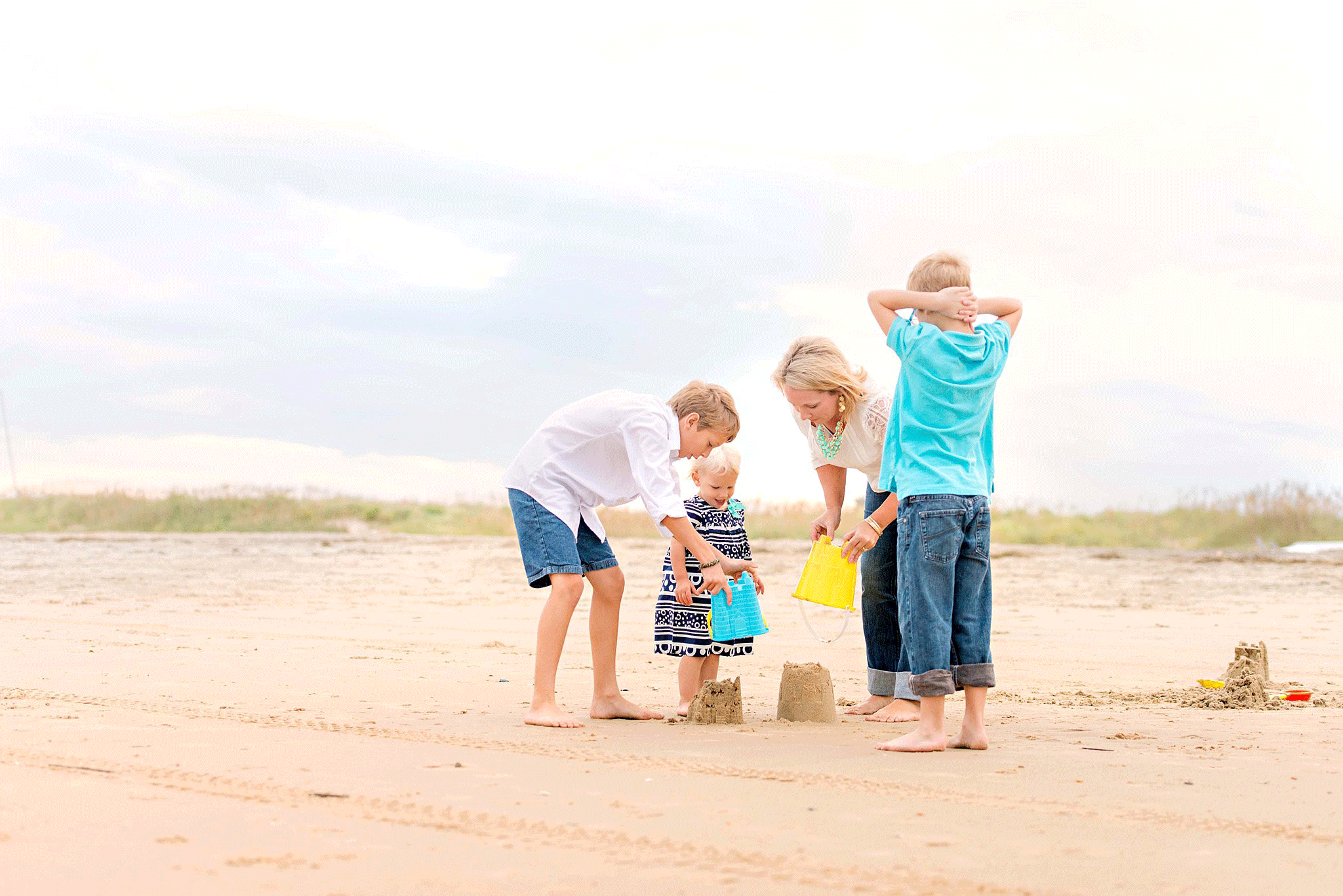 sandbridge-beach-family-photos-melissa-bliss-photography-virginia-beach-photographers-norfolk-portsmouth-chesapeake-photography.png