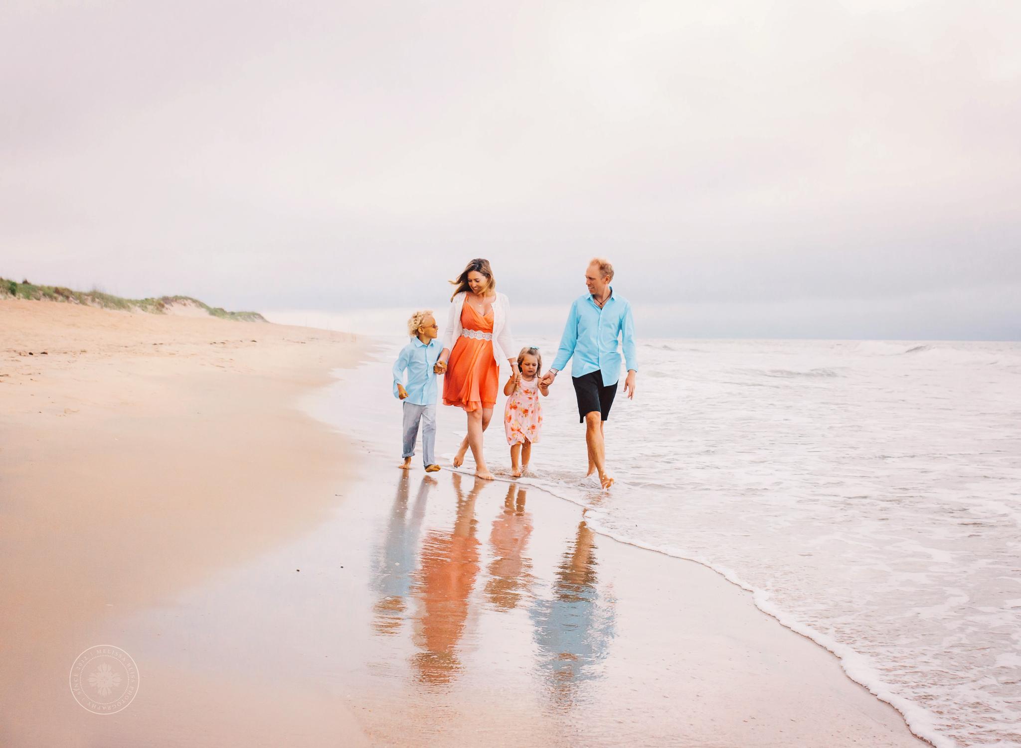virginia-beach-photographers-family-beach-session-melissa-bliss-photography-hampton-roads14.jpg