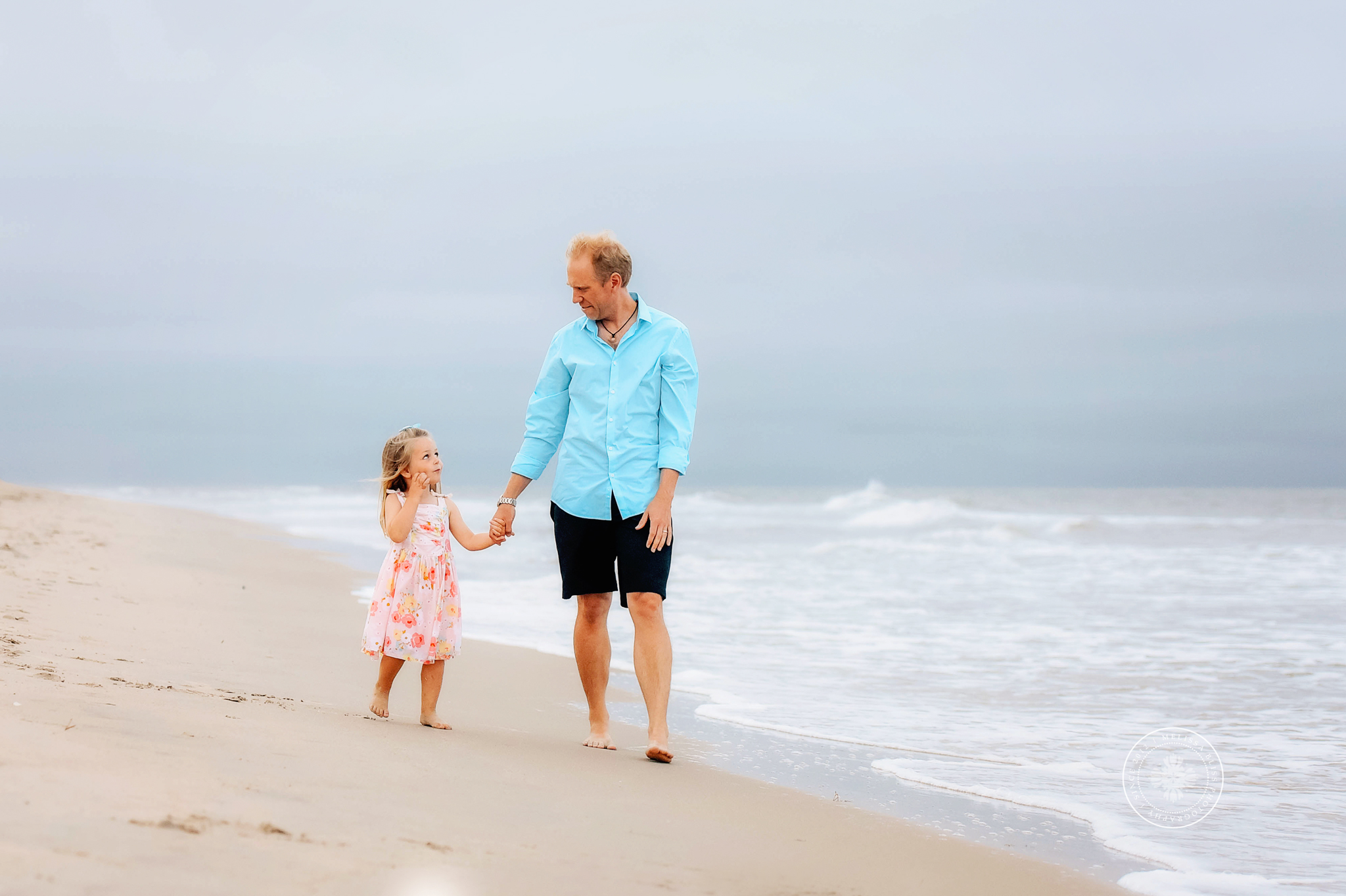 melissa-bliss-photography-hampton-roads-family-photographers-beach-session-dad-and-daughter.jpg