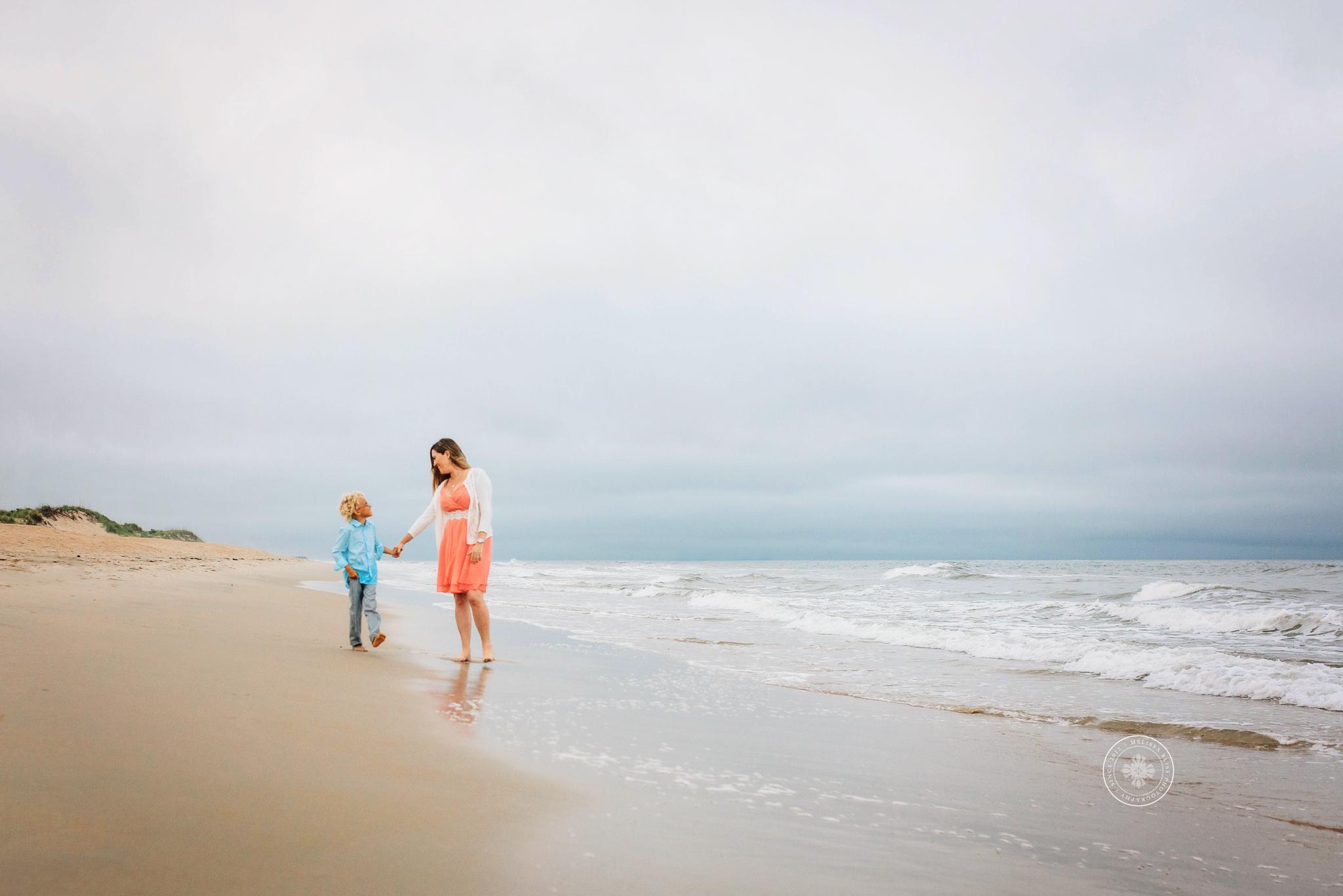 virginia-beach-family-beach-session-melissa-bliss-photography-sandbridge-norfolk-chesapeake-photographers.jpg