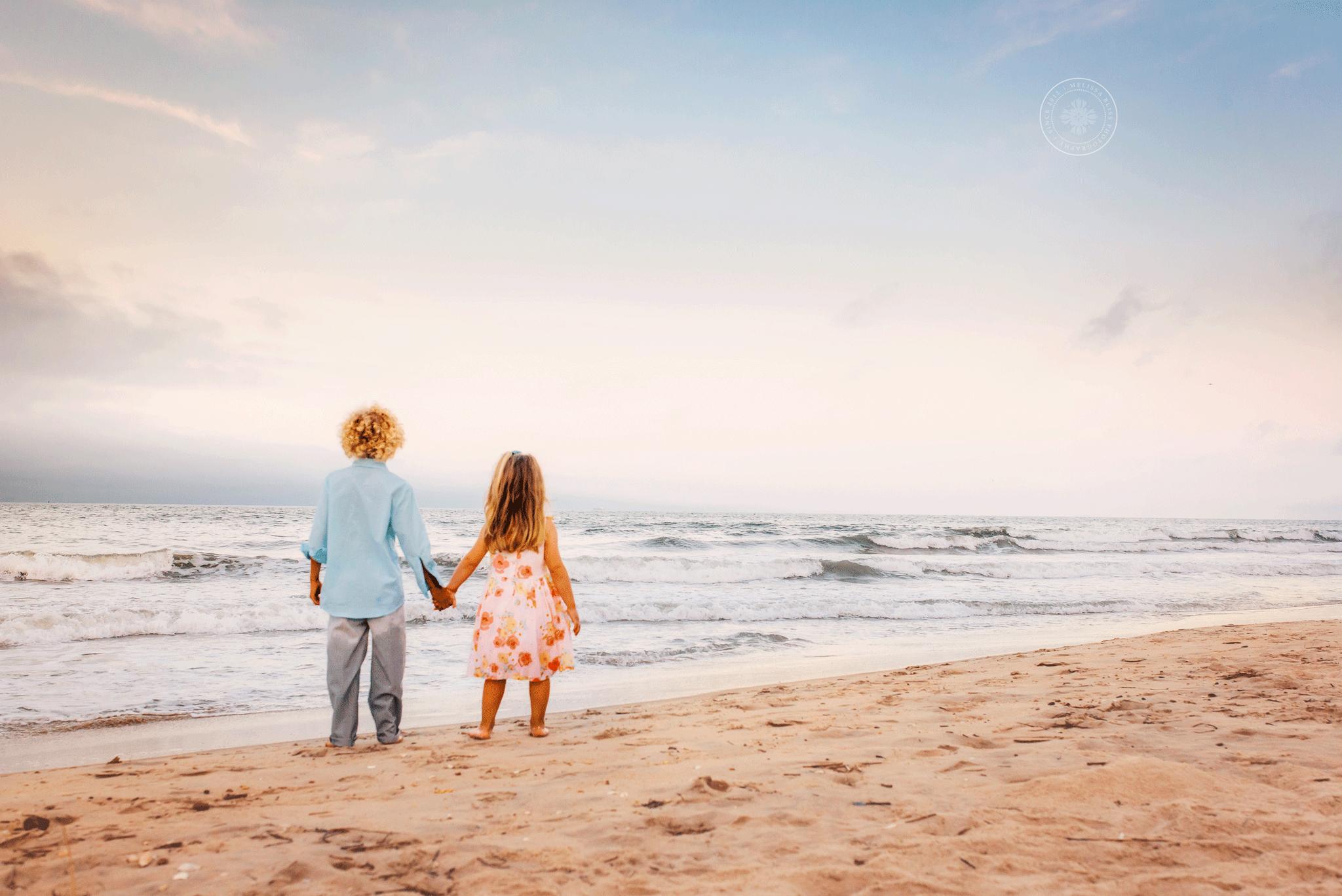 melissa-bliss-photography-child-photographers-kids-on-beach-at-sunset-virginia-beach-sandbridge-photographers.png