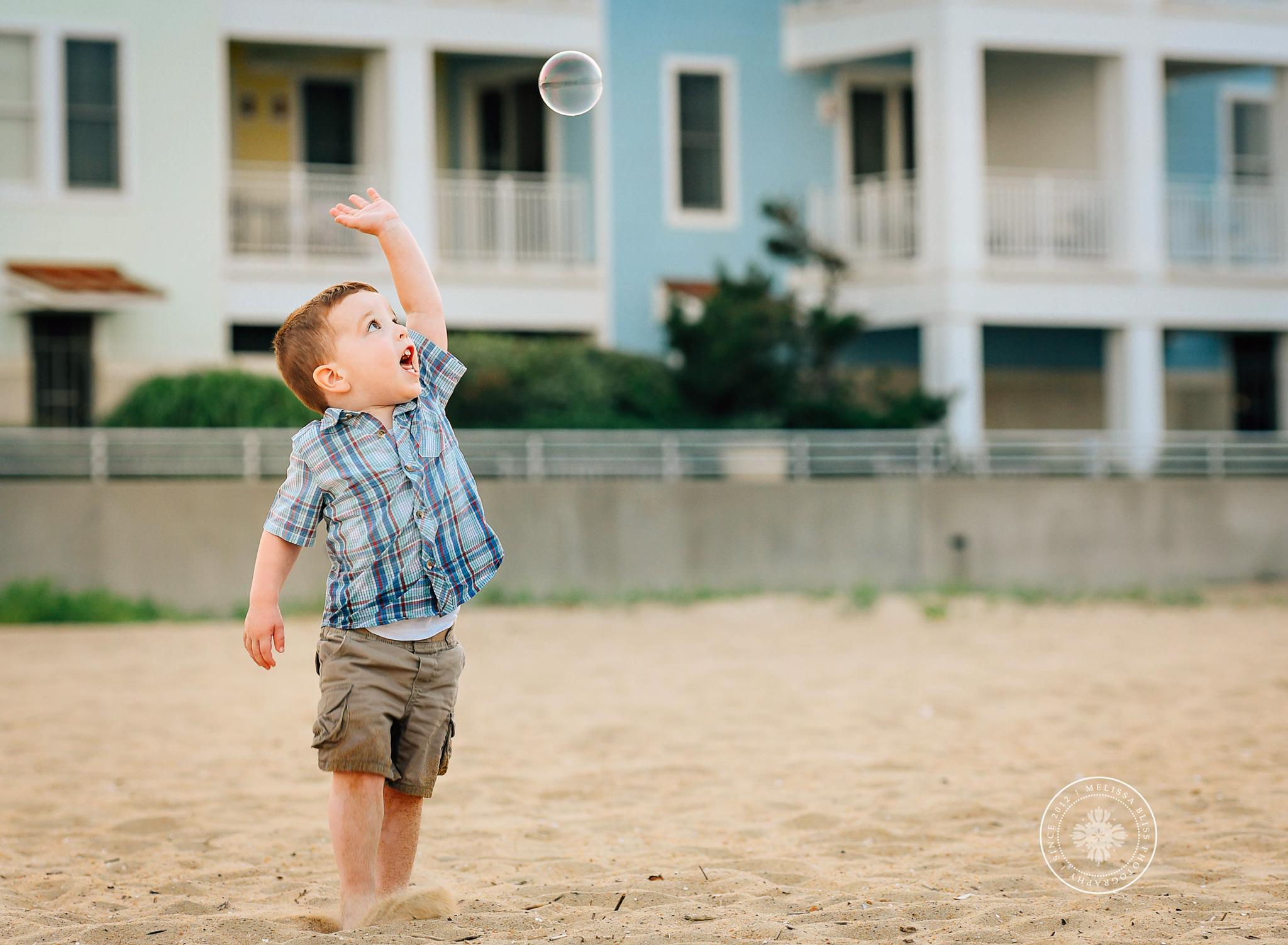 virginia-beach-family-lifestyle-photographers-melissa-bliss-photography-sandbridge-beach-family-photo-session.jpg