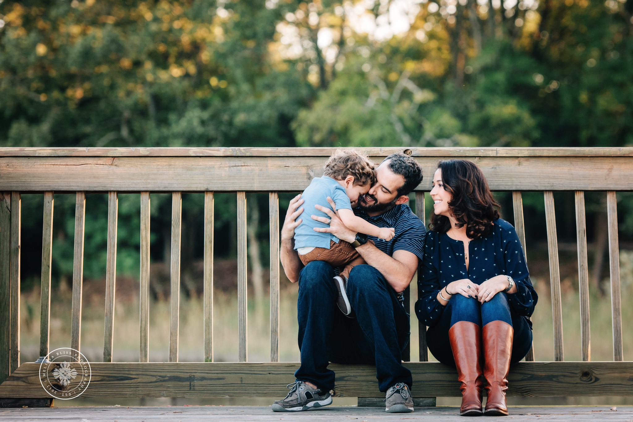 chesapeake-family-photographer-melissa-bliss-photography-fall-family-photo-session-norfolk-virginia-beach-smithfield-williamsburg-va