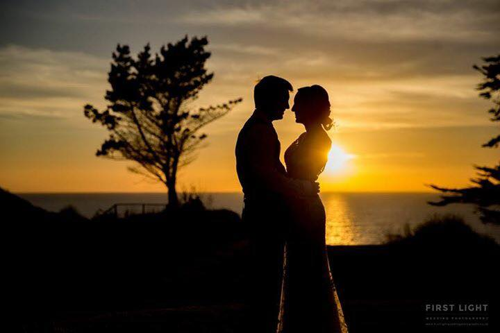 Wedding-photography-bride-groom-sunset-first-light-photography