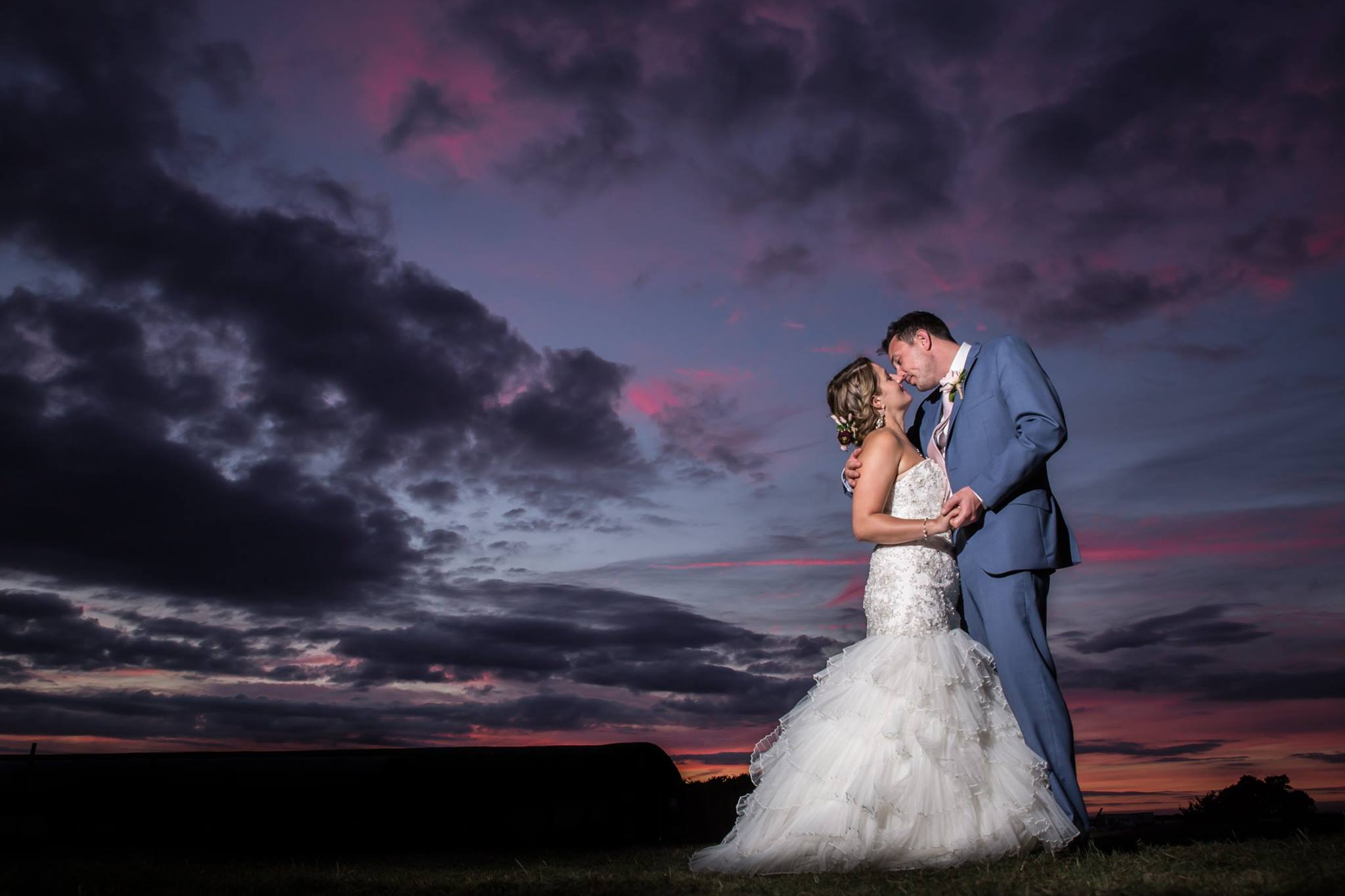 Chris-Kemp-Photography-Bride-groom-portrait-at-sunset