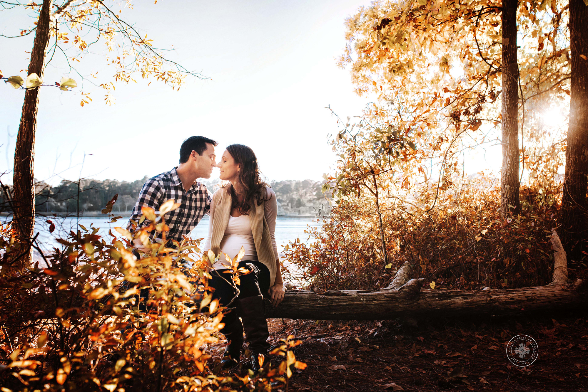 natural-posing-couples-maternity-session-fall-leaves-virginia-beach-va