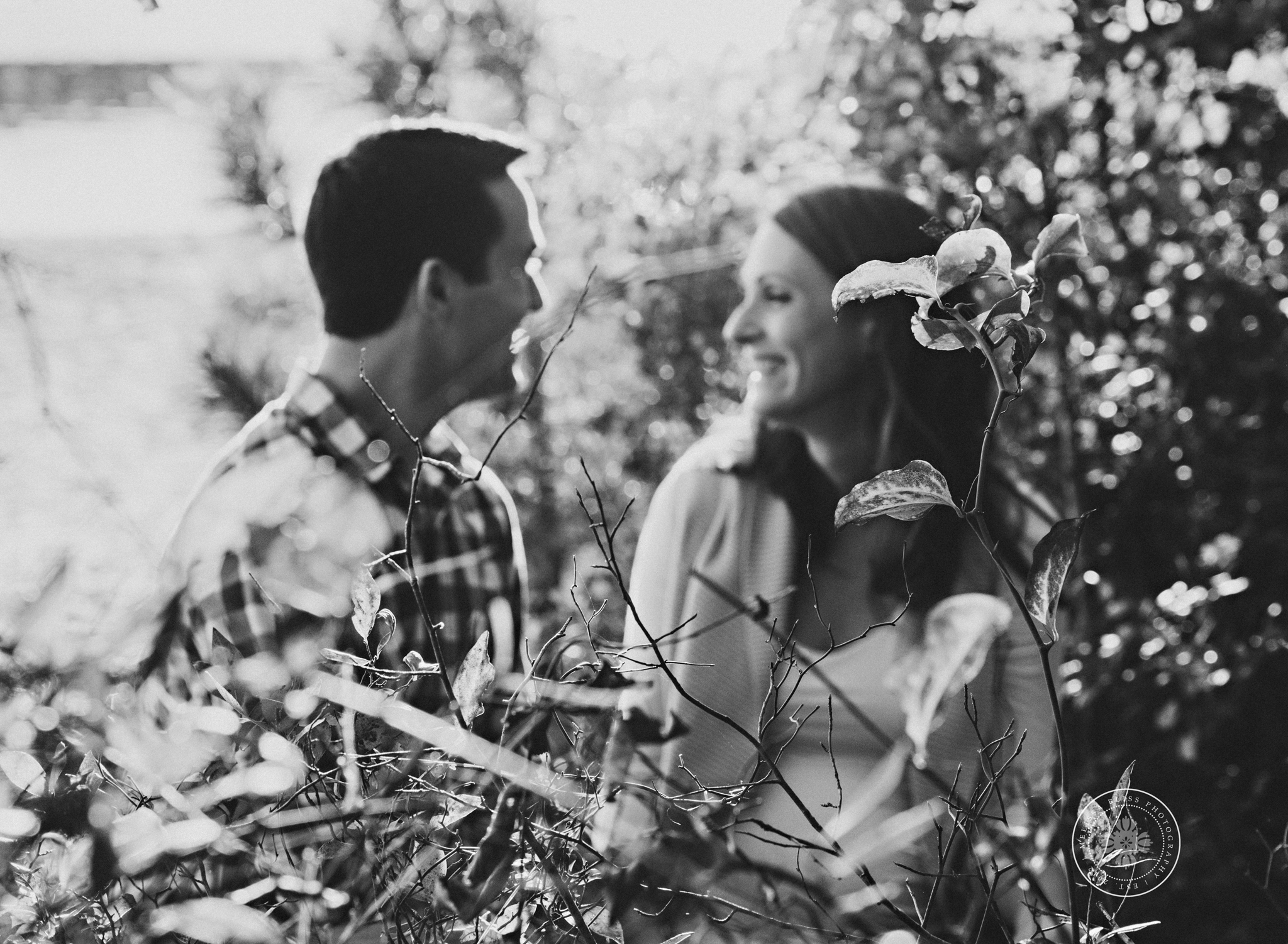 black-and-white-couples-photography-wooded-park-norfolk-va-photographer