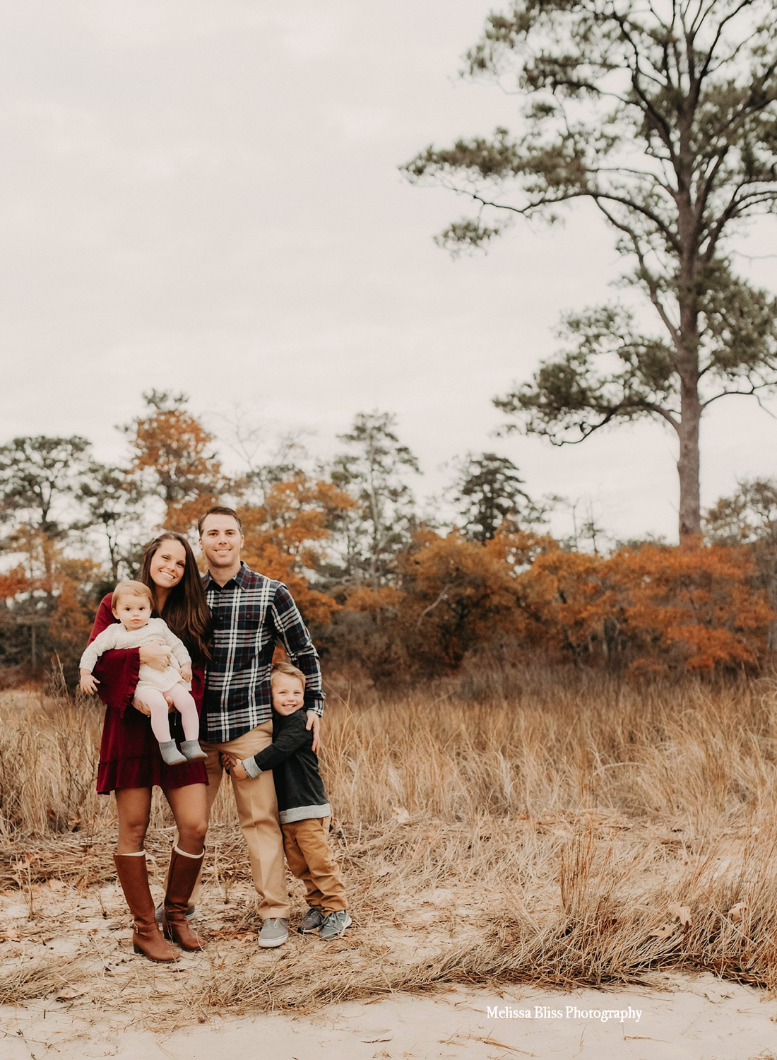 beauitful-outdoor-family-lifestyle-portrait-at-va-state-park-by-melissa-bliss-photography-virginia-beach-family-photographers.jpg