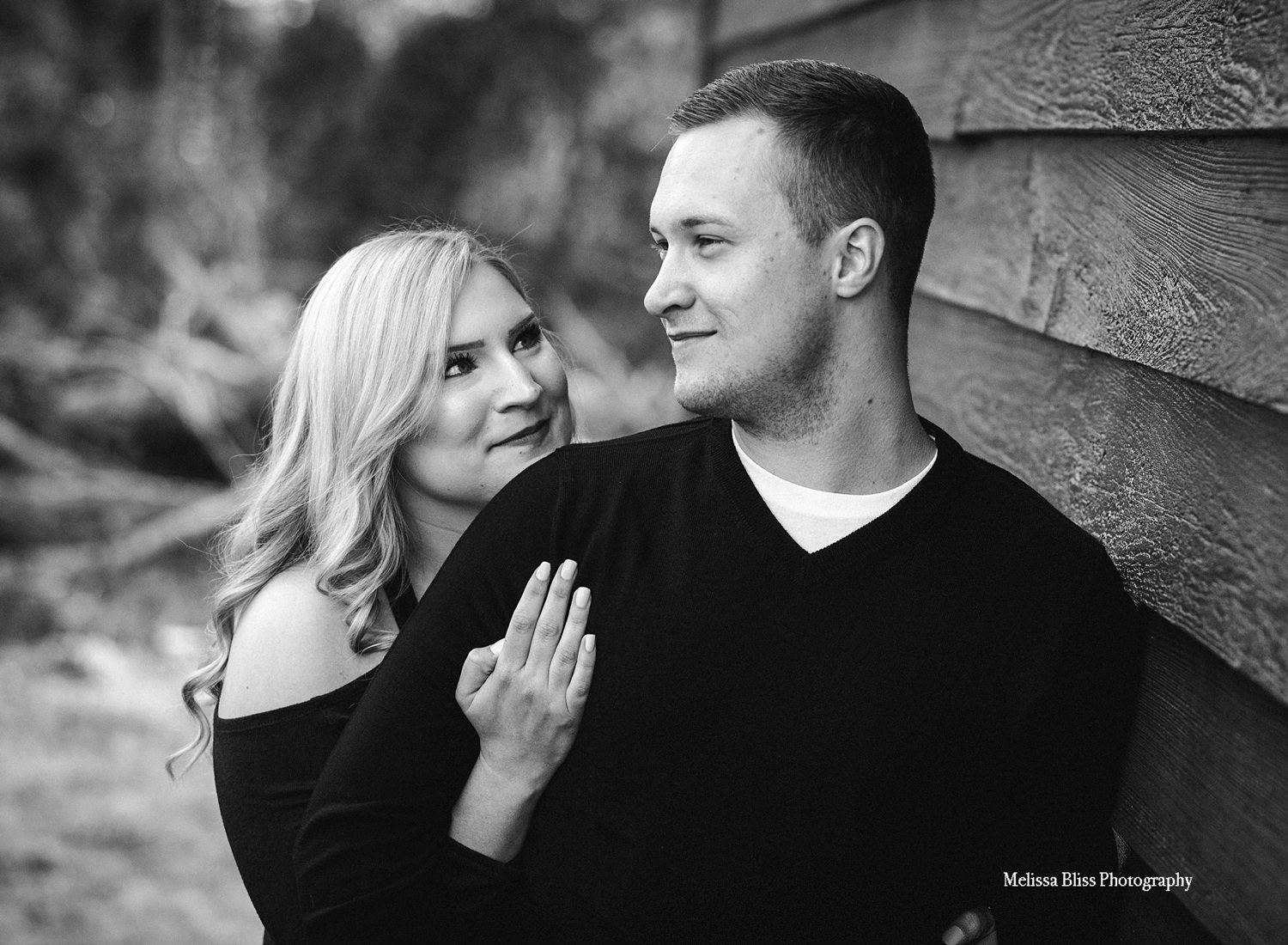 natural-candid-engagement-photos-by-norfolk-lifestyle-photographer-melissa-bliss-photography-VA-professional-wedding-photographers.jpg
