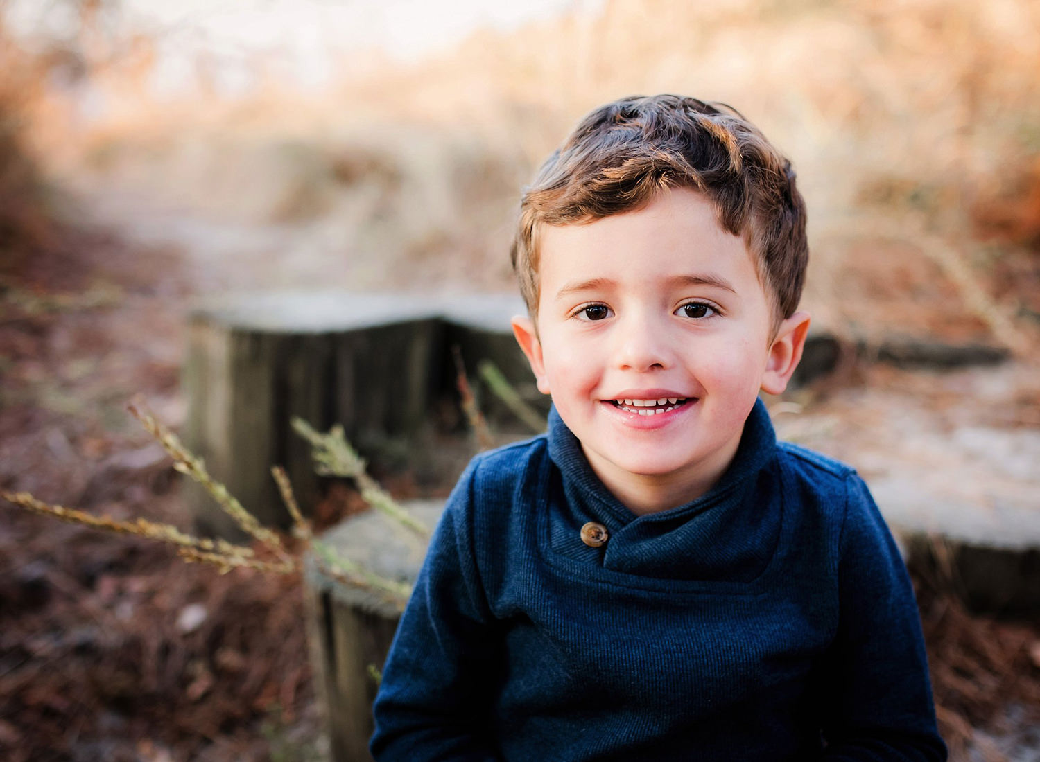 portrait-of-young-boy-at-first-landing-state-park-by-family-lifestyle-photographer-melissa-bliss-photography-virginia-beach.jpg