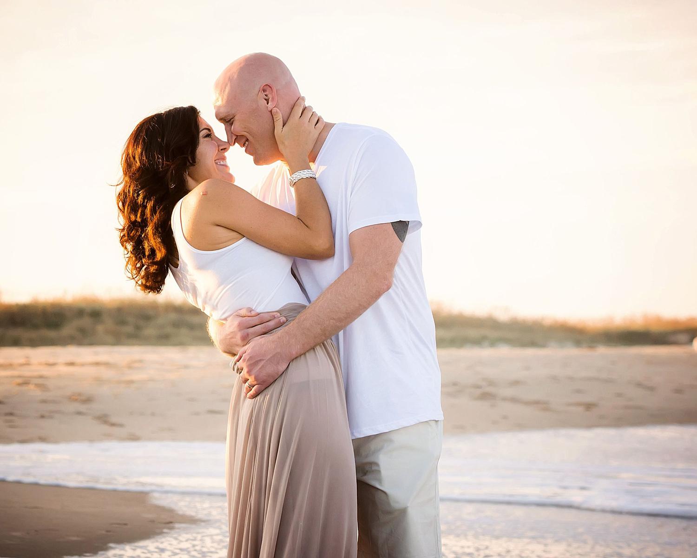 romantic-couple-sunset-on-virginia-beach-melissa-bliss-photography-VA_wedding-photographers.jpg