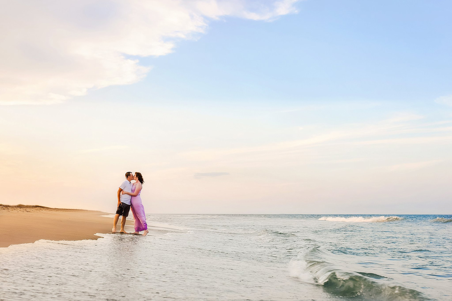 couple-on-the-beach-melissa-bliss-photography-va-beach.jpg