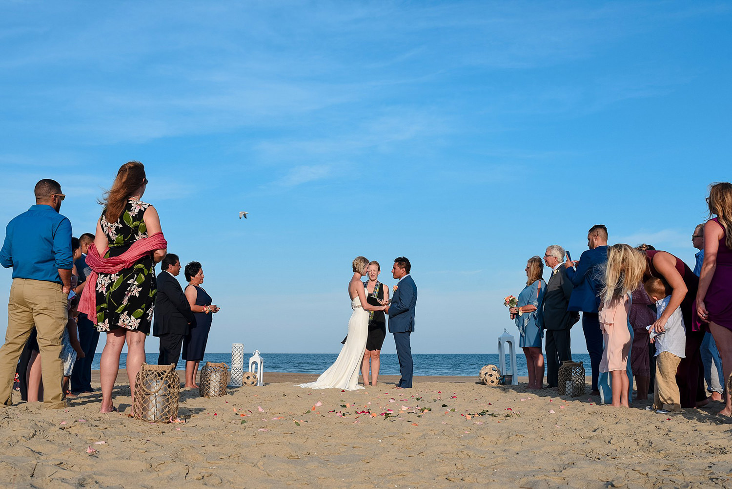 gorgeous-beach-wedding-pictures-in-sandbridge-va-wedding-photographer-melissa-bliss-photography.jpg