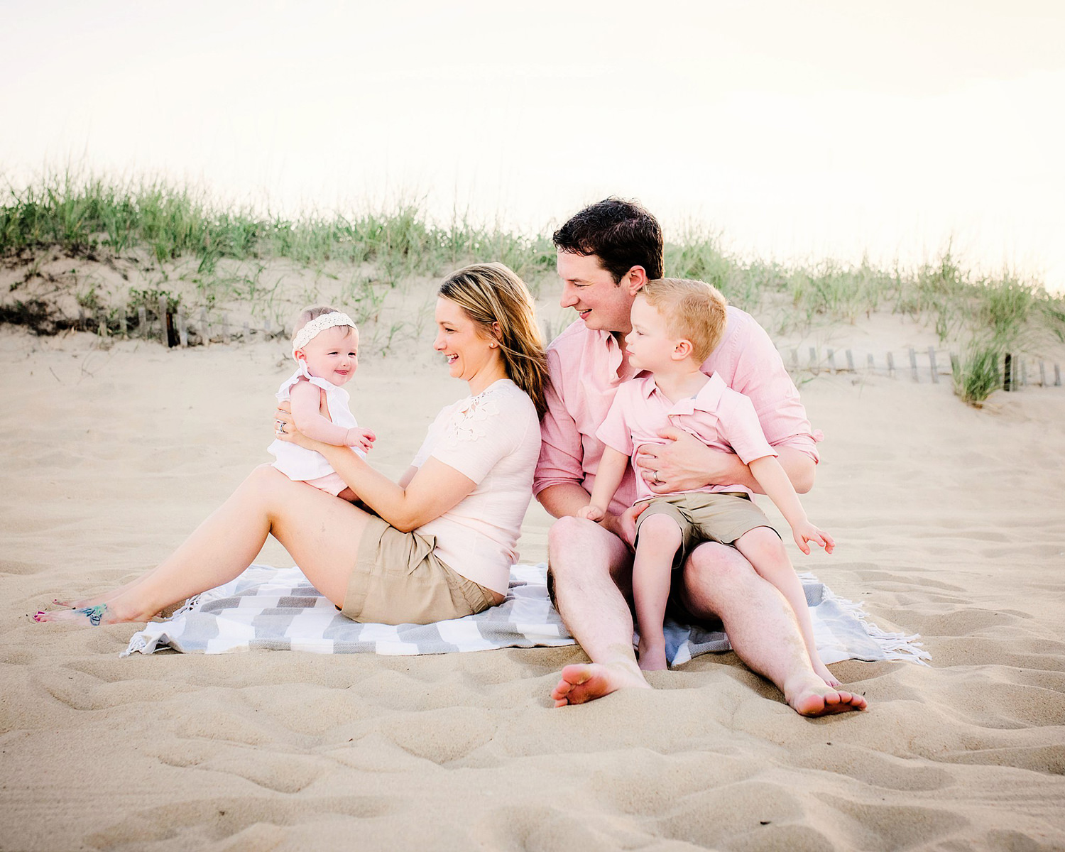 virginia-beach-photographers-sandbridge-family-beach-photos-with-toddlers-melissa-bliss-photography.jpg