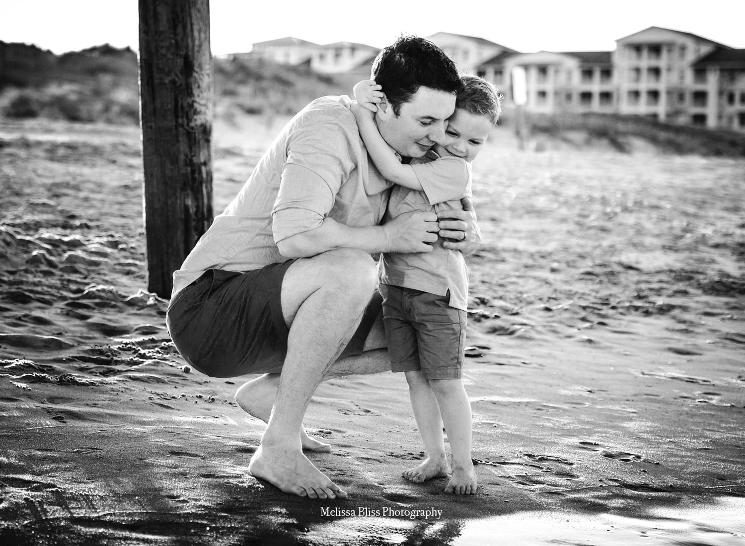 sandbridge-beach-father-son-photo-melissa-bliss-photography-virginia-beach-family-photographer.jpg