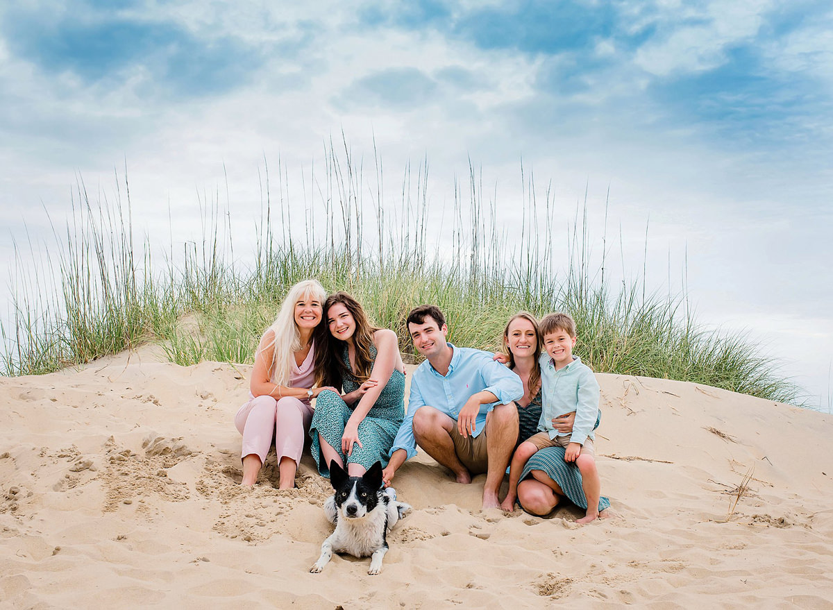 sandbridge-beach-annual-family-pictures-melissa-bliss-photography-va-beach-lifestyle-photographer.jpg