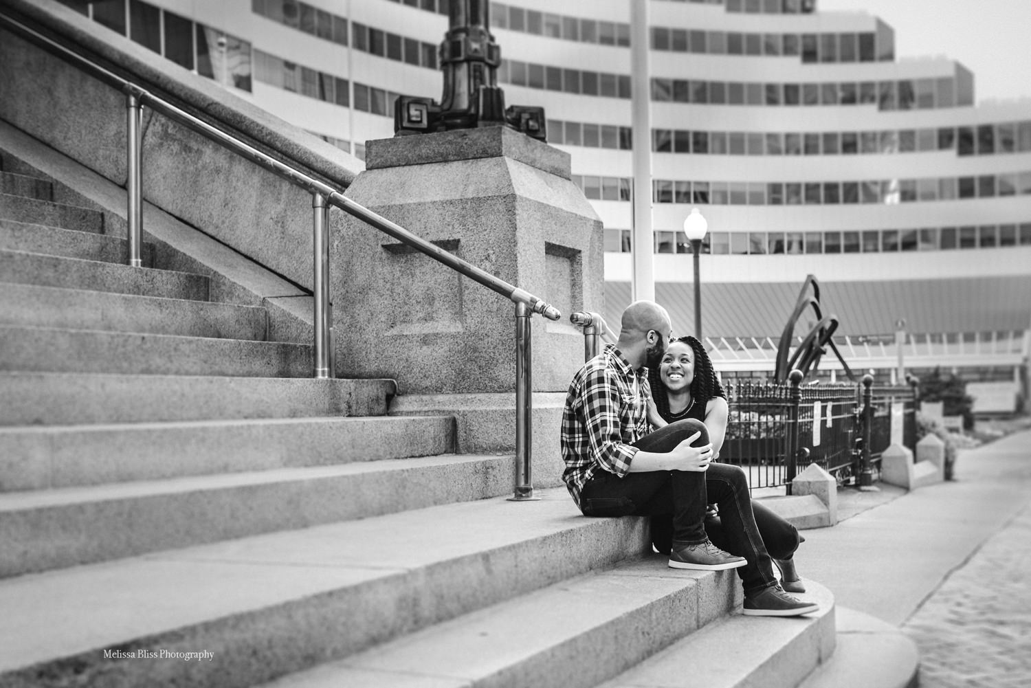 photo-locations-downtown-norfolk-engagement-photos-melissa-bliss-photography.jpg