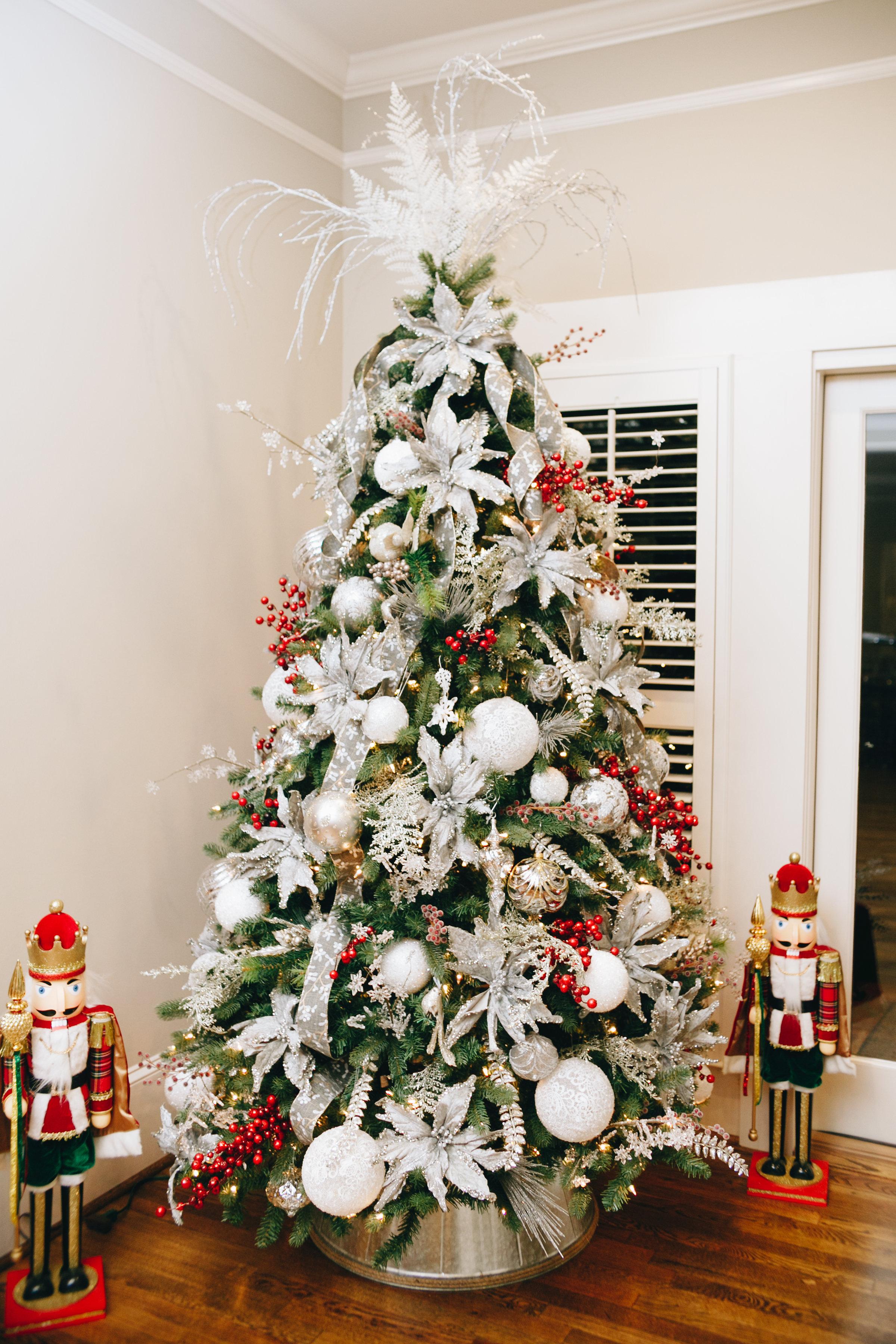 Magnolia.House.Paces.Christmas-58.jpg