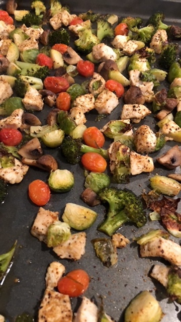 Super Duper Easy Recipe: Chicken and Veggie Bake.