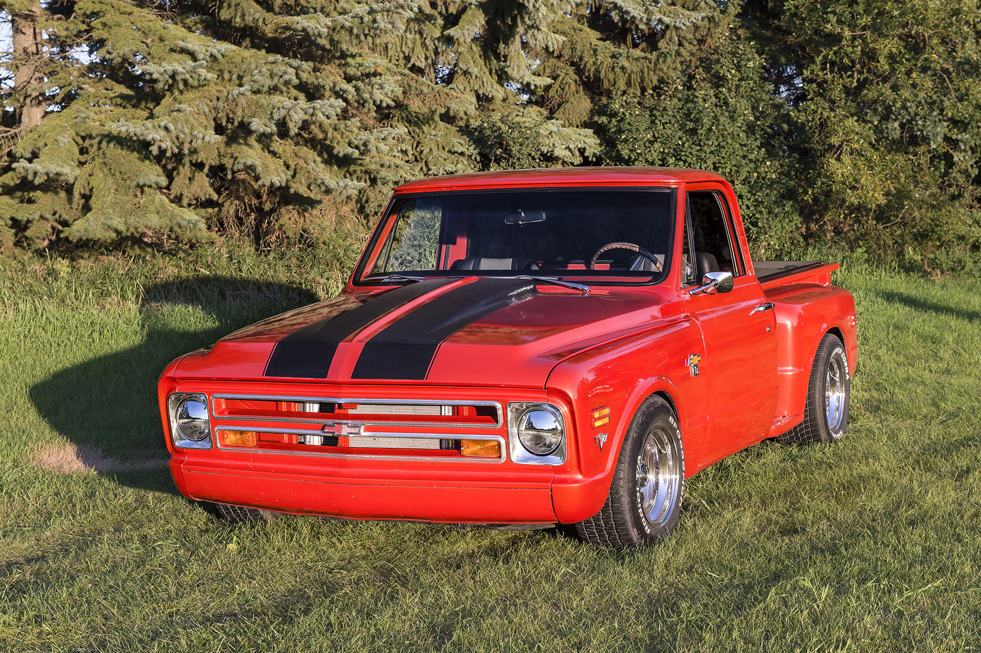 1968 Chevy C10 Short Box Step Side    Engine is a ZZ502 with an override Transmission. Full air bag suspension with Bluetooth control. Dakota digital gauges. American custom low back seatsThis truck is locally owned and you will see it at Just Kruzin Kruzin Kruz nights.
