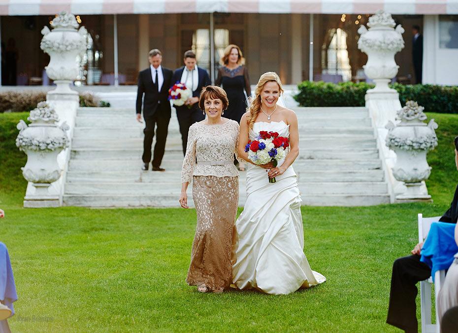 Rosecliff-Mansion-wedding-18.jpg
