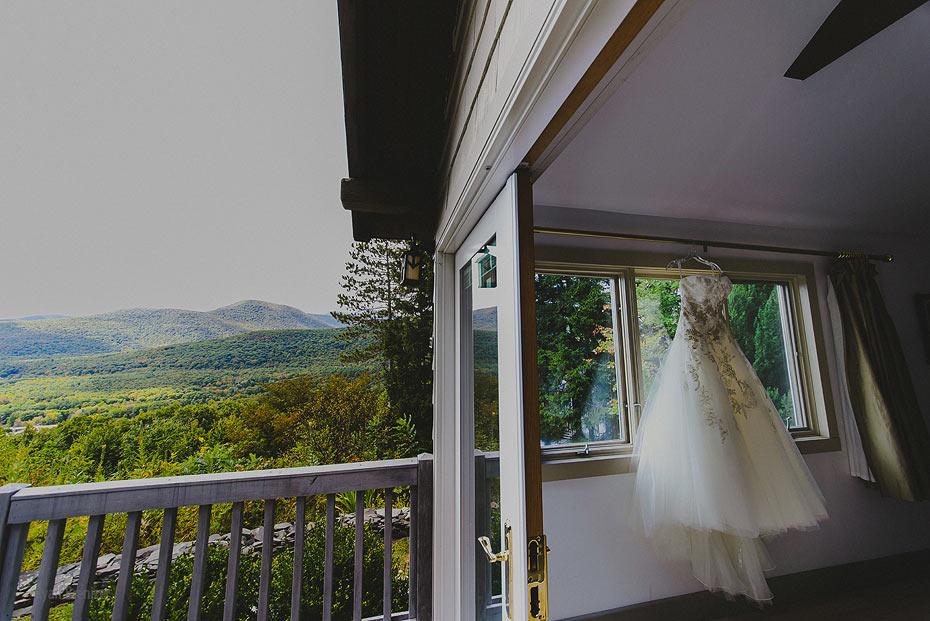 002-onteora-mountain-house-wedding.jpg