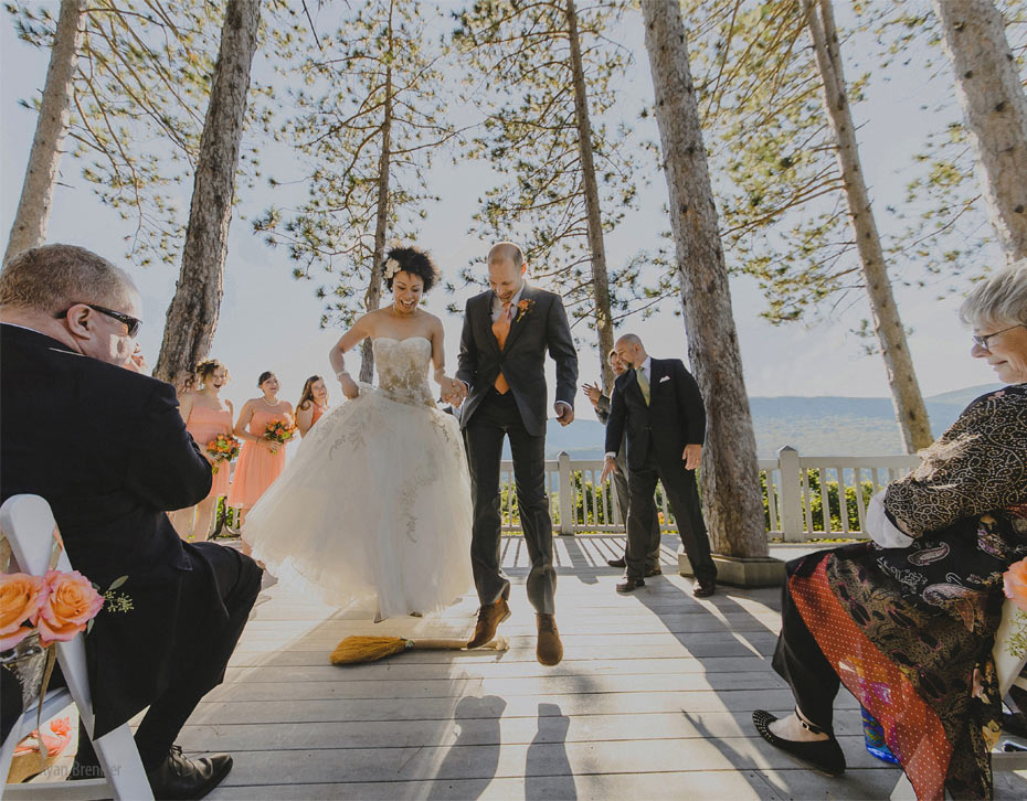 048-onteora-mountain-house-wedding.jpg