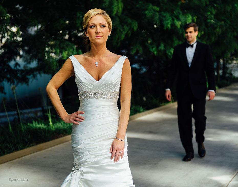 Central-Park-Boathouse-Wedding-008.jpg