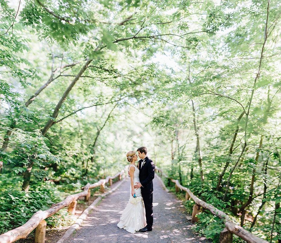Central-Park-Boathouse-Wedding-015.jpg