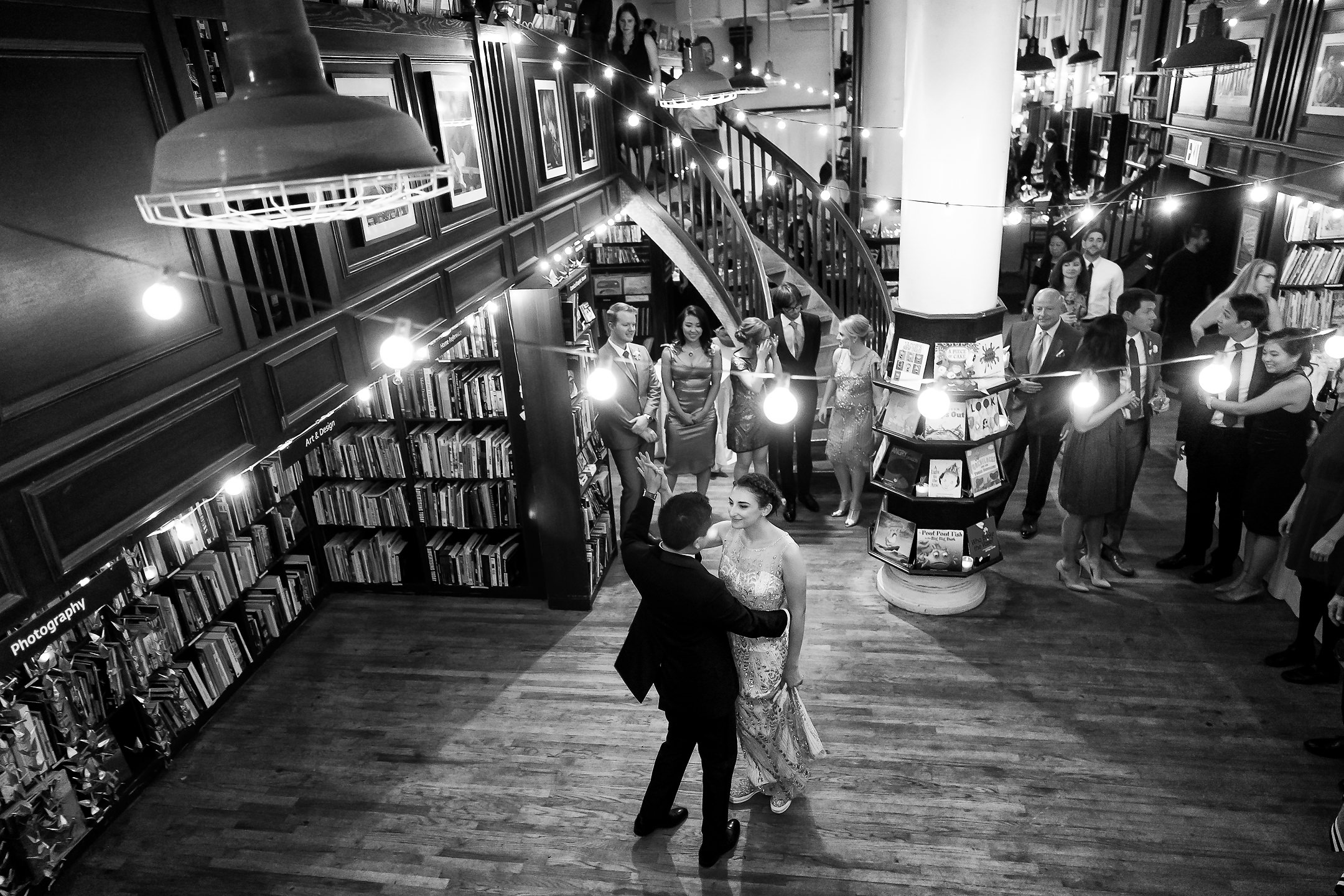 Housing_Works_Cafe_NYC_wedding 31.jpg