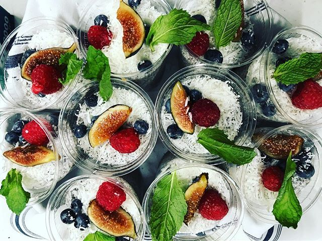 Start your #Monday with a #healthy #breakfast : #chia #chiaporridge #coconutmilk #vegan #nyccatering #nyc #nycfood #nyc #organicfood #farmersmarket #leed #kitchen #sustainability #sustainablefuture #fashion #behindthescenes #setlife