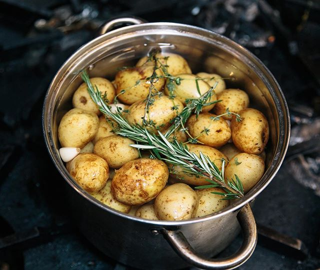 #potatoes always a healthy side dish! #thyme #rosemary #farmersmarket #organic #eatclean #eathealthy #sustainable #kitchen #catering #leed #gold #vegan #vegetarian #photography #photoshoot #behindthescenes #setlife #food