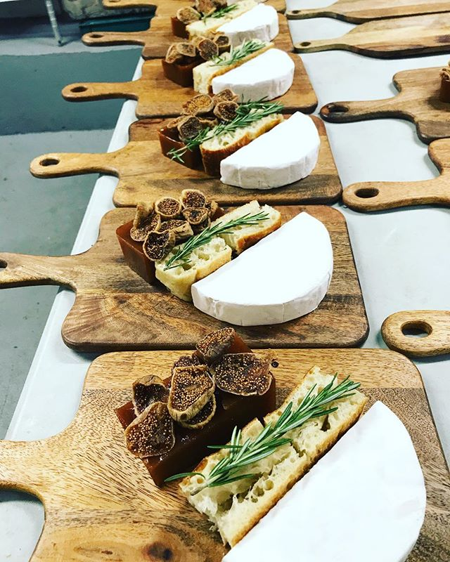 Homemade #focaccia #cheeseboard #brie & dry #figs #marmalade keep it simple keep it delicious #catering #breakfast #photoshoot #fashion #nyc #setlife #leed #gold #kitchen #sustainable #green #organic #nongmo #farmersmarket