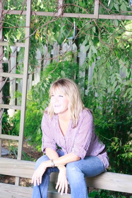 Writer - Deanna PorterfieldWriter, Traveler, and lover of Jesus!