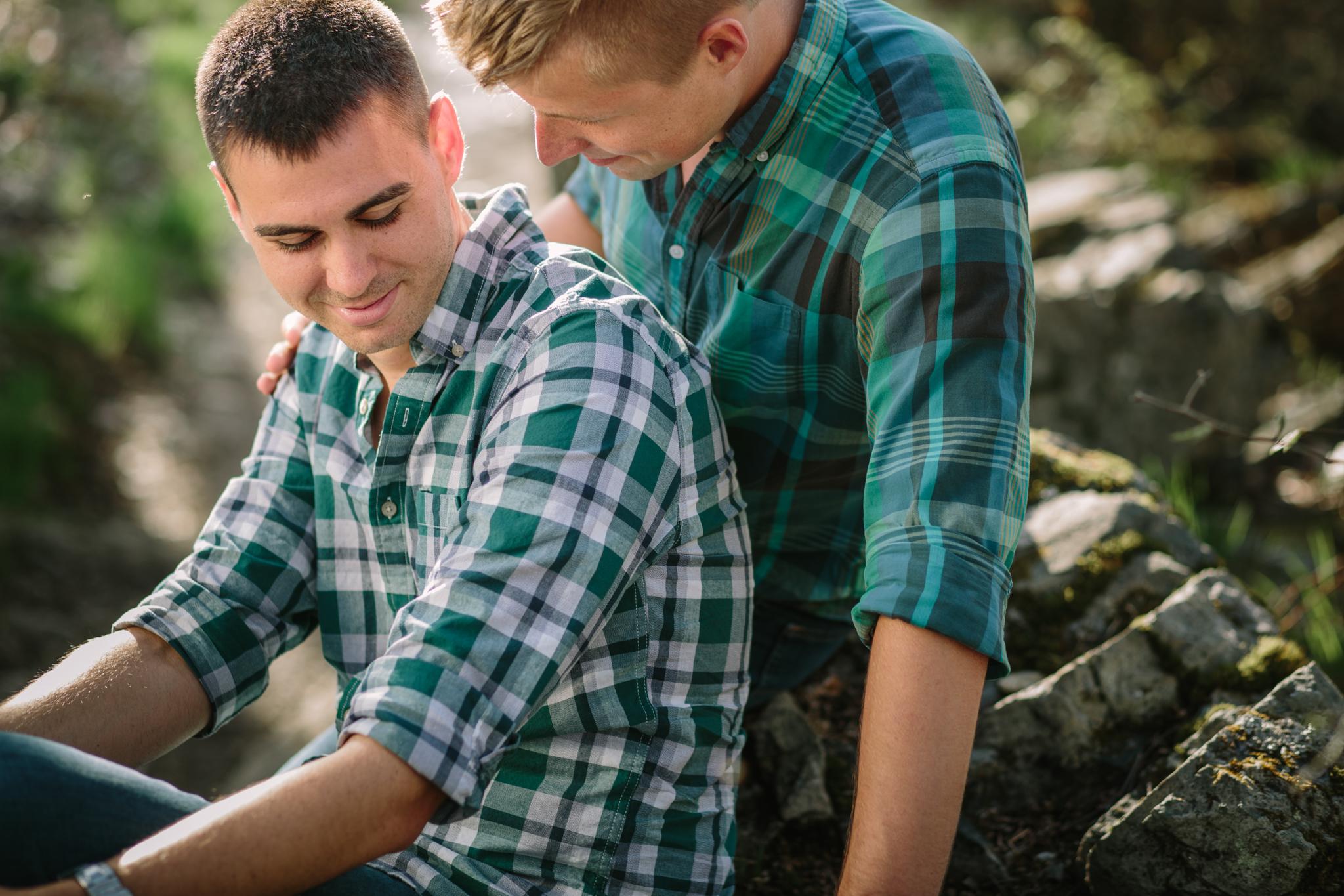 170426_0269_Brian-Nick-Engagement_022.jpg