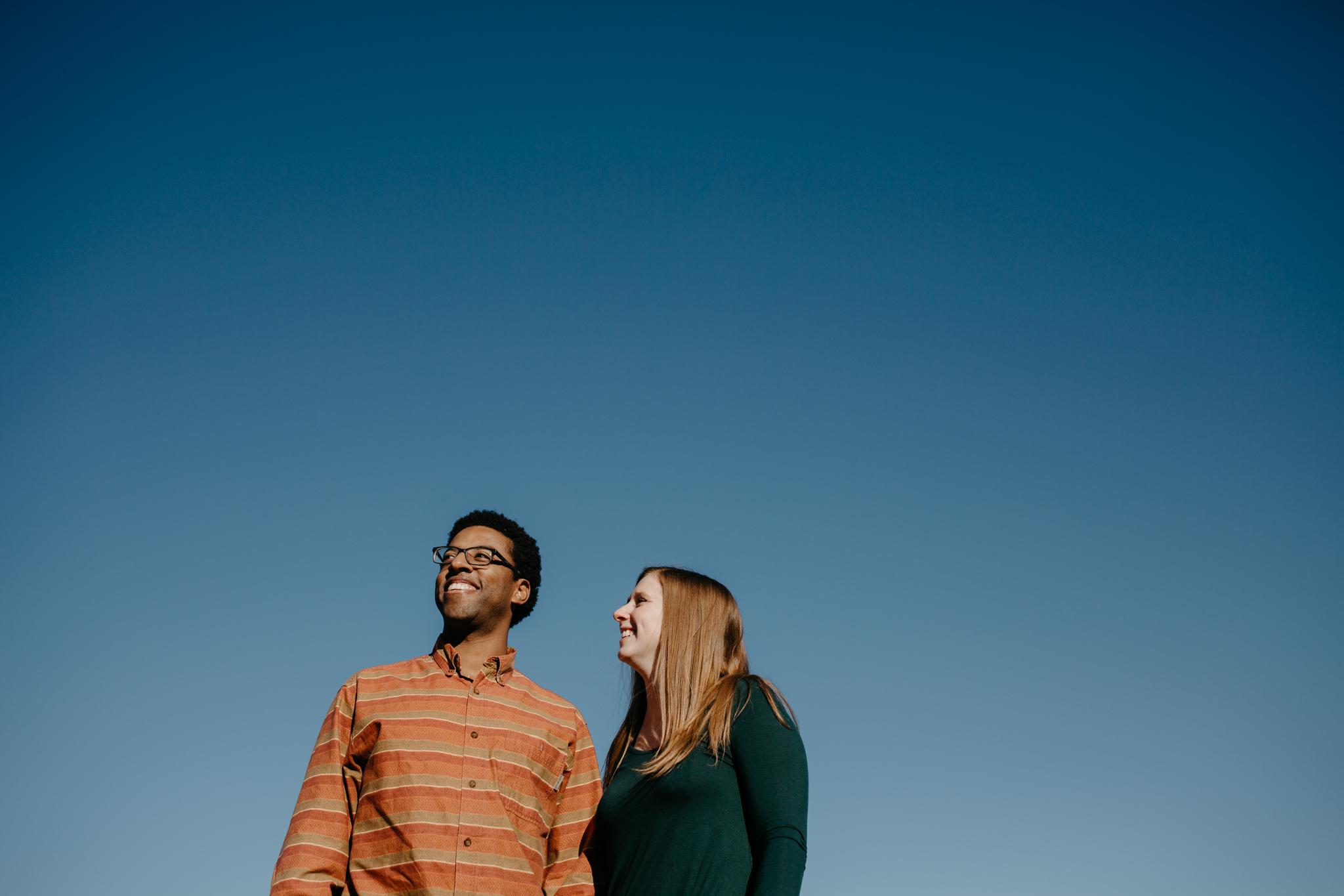 Charlottesville-Fall-Engagement-Photos_001.jpg