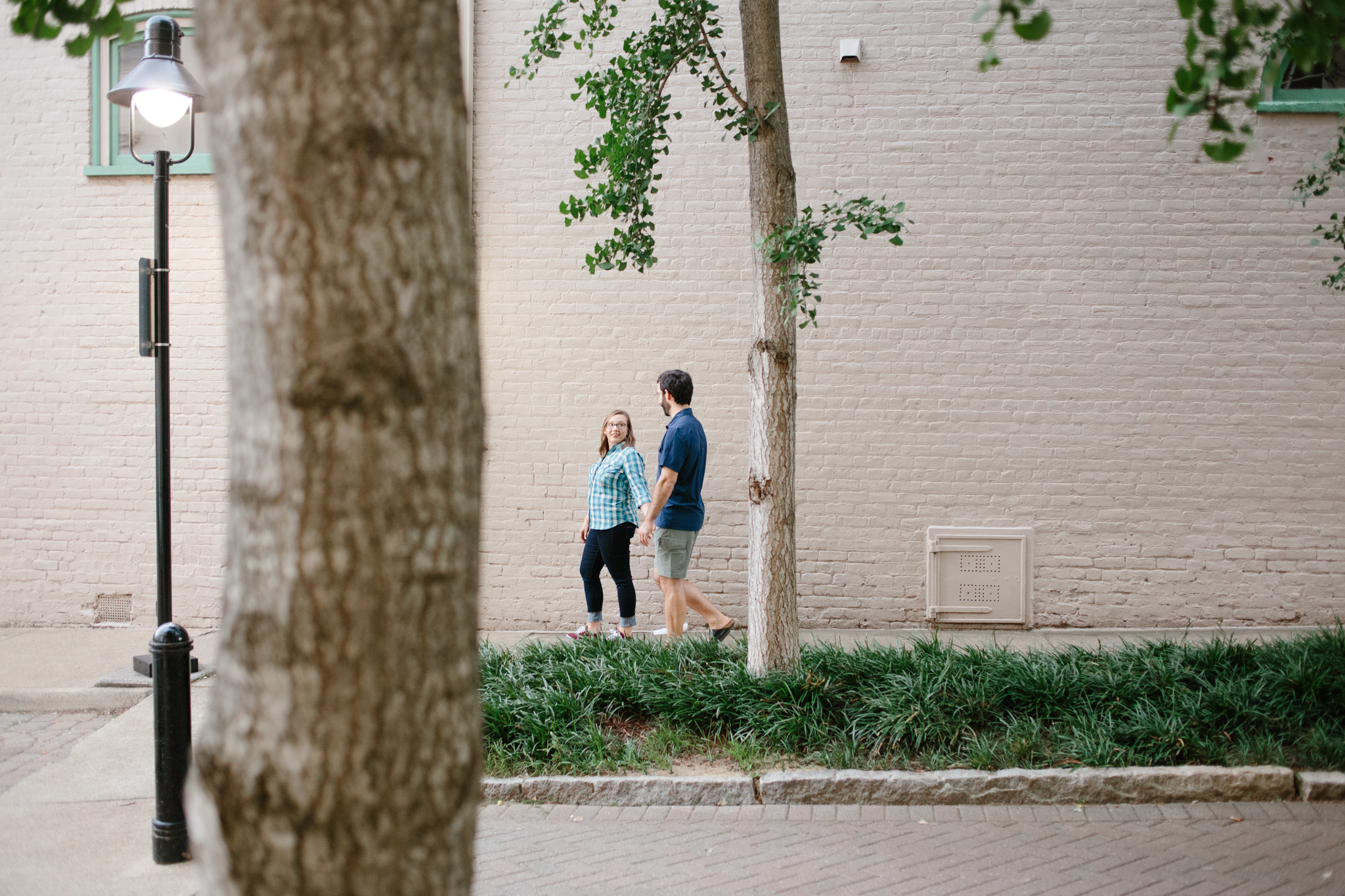 Downtown-Charlottesville-Engagement-Photos_15.jpg