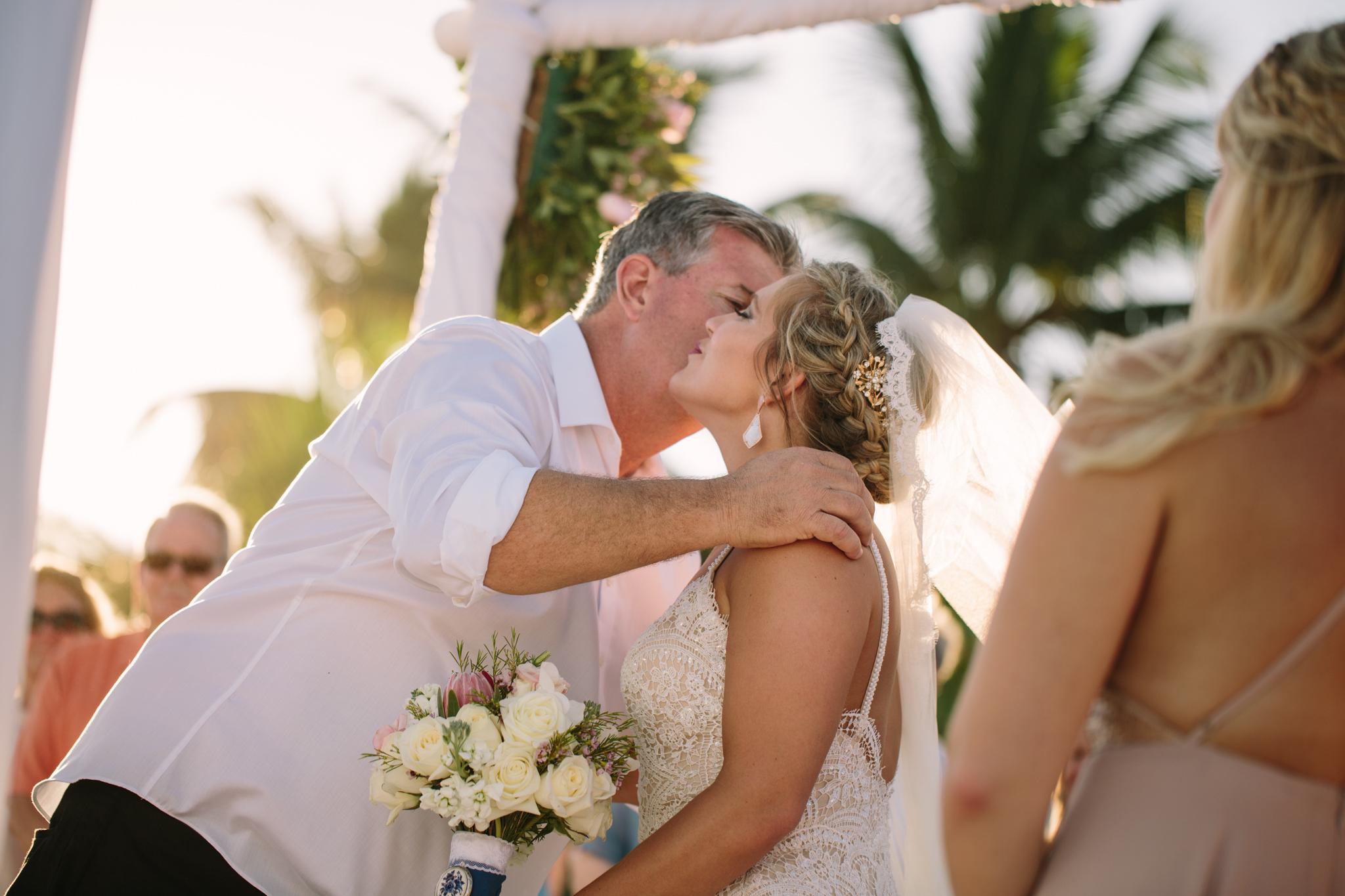 Destination-Wedding-Photographer_016.jpg