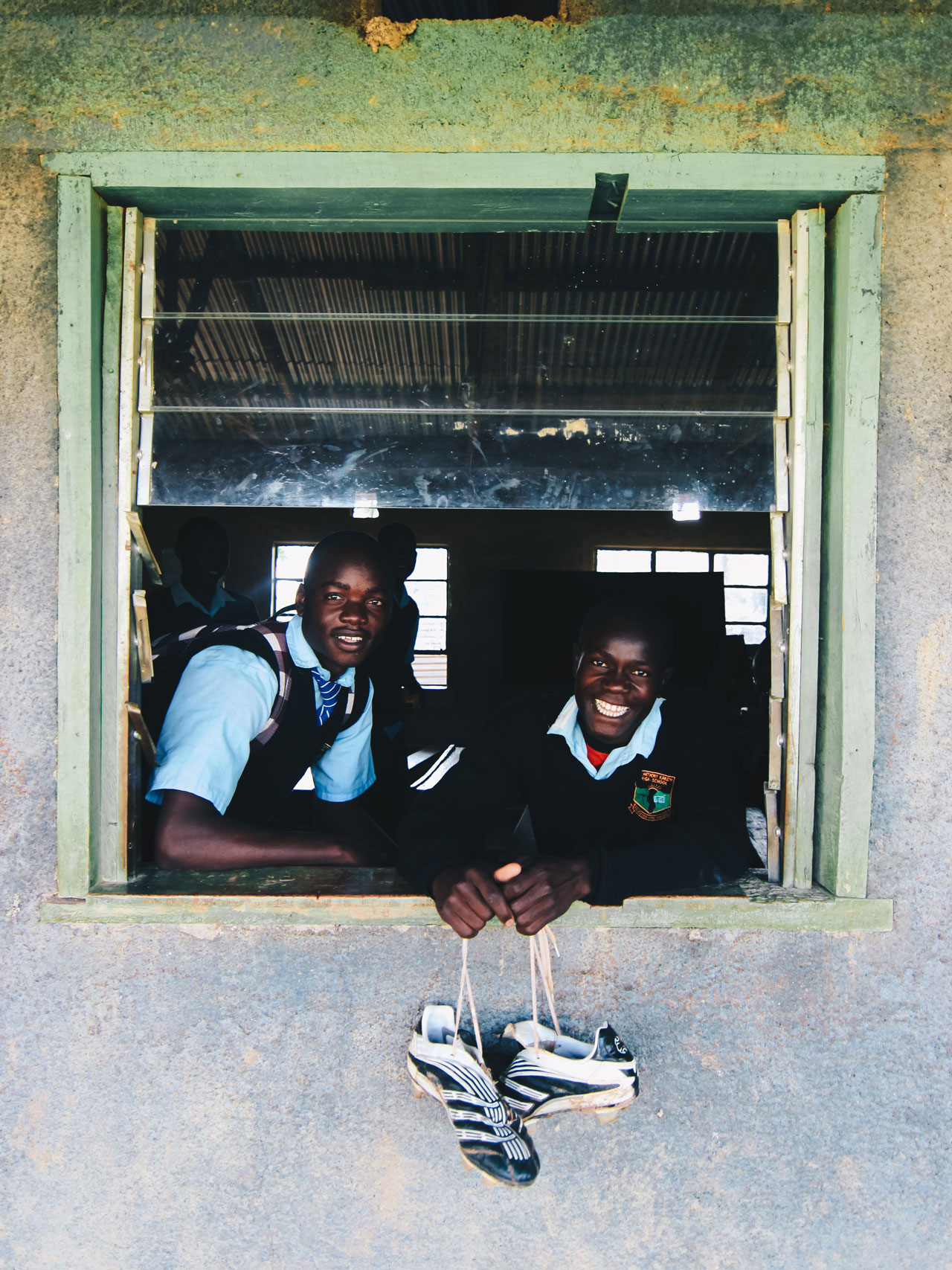 kenya-journals-boys-window-crossbar.jpg