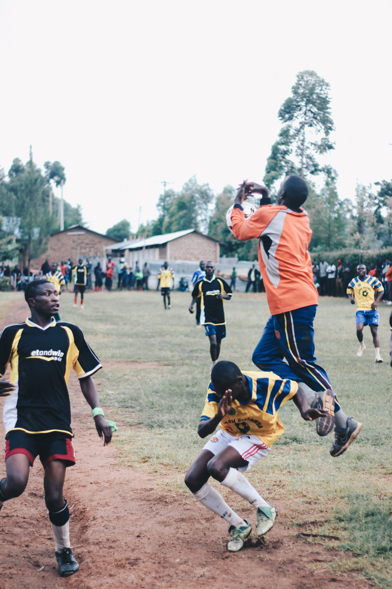 kenya-journals-kids-31-crossbar.jpg