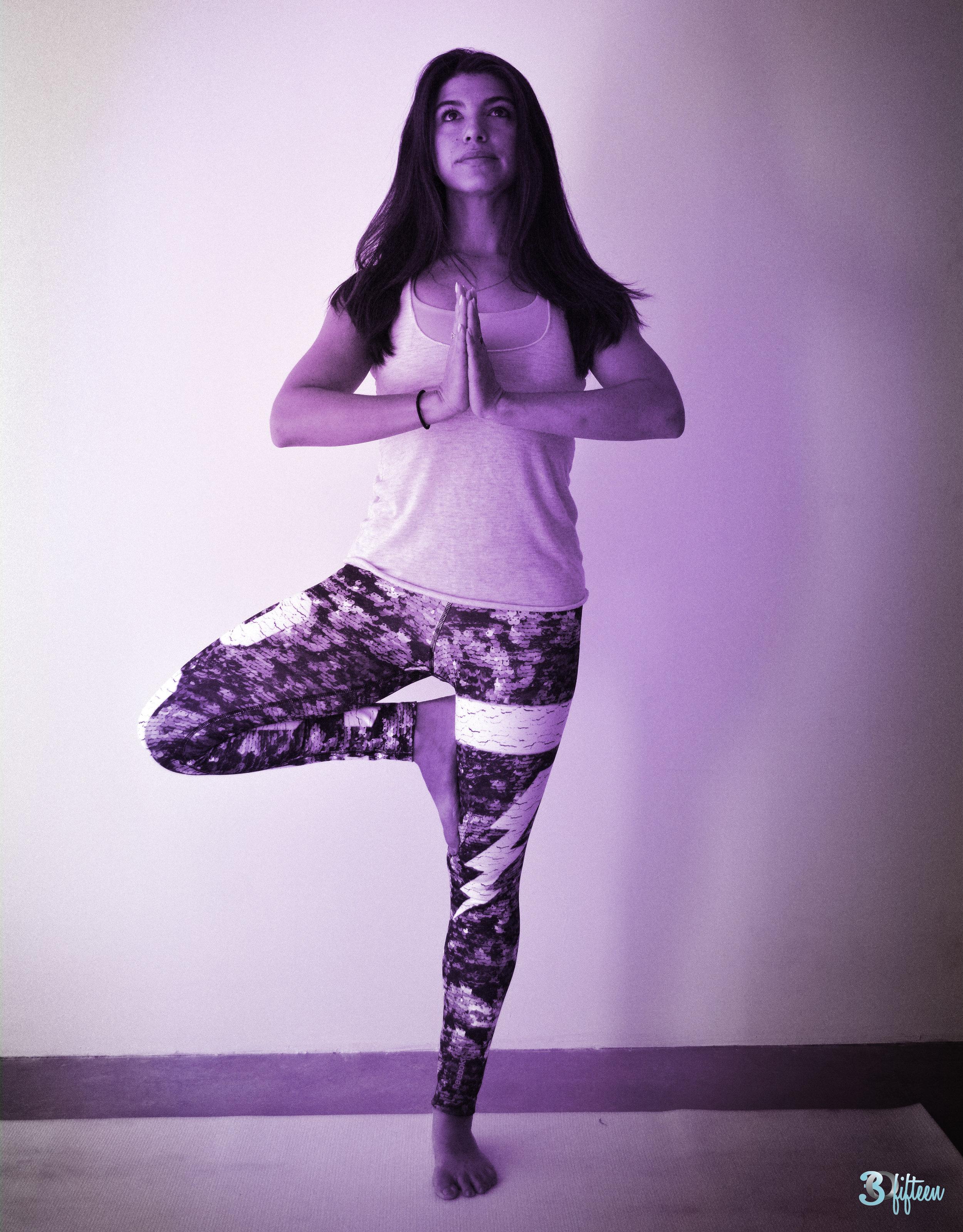 30Fifteen-yoga-pose-tree
