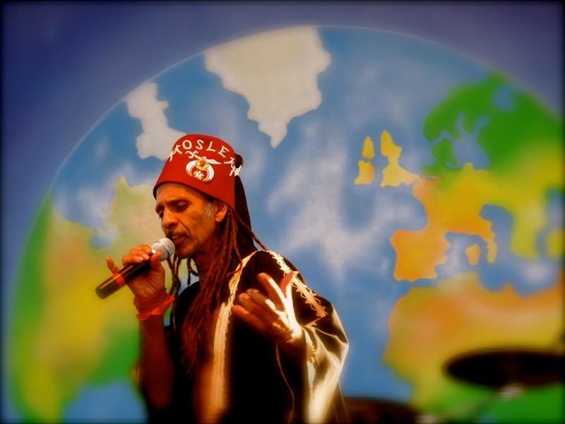 2011 Earthdance.jpg