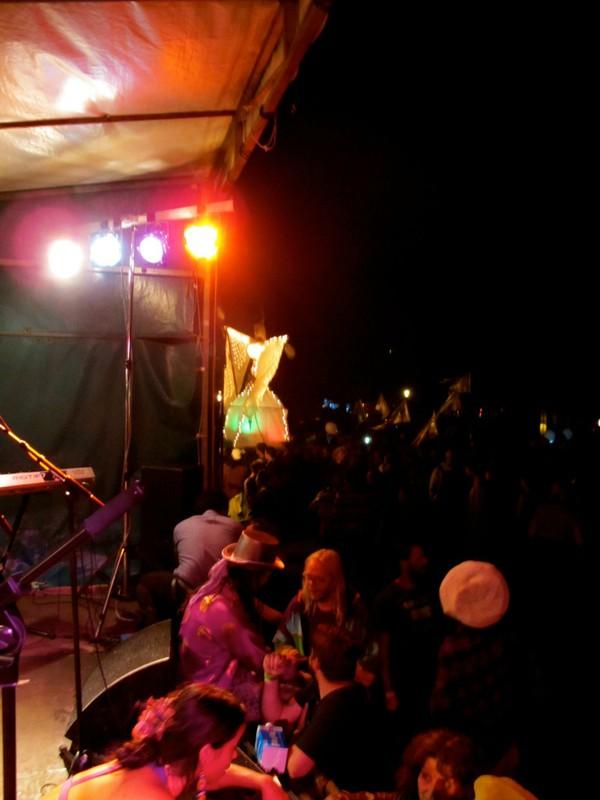 Fantuzzi with Landjuweel 2011 crowd.jpg