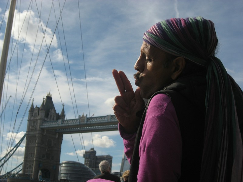 Fantuzzi at Tower Bridge.JPG