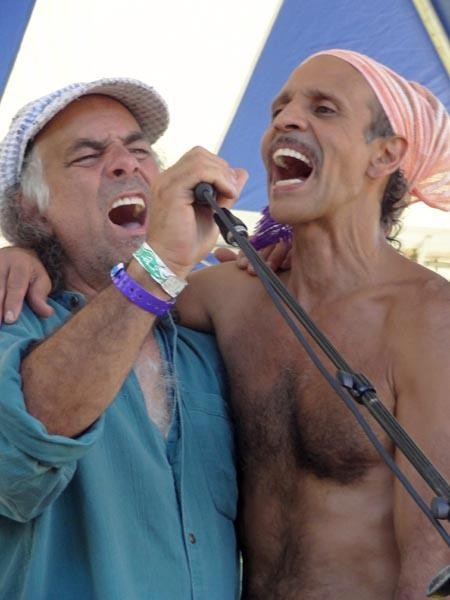 Fantuzzi and Jaris Dreaming at Mystic garden party July 2012.jpg