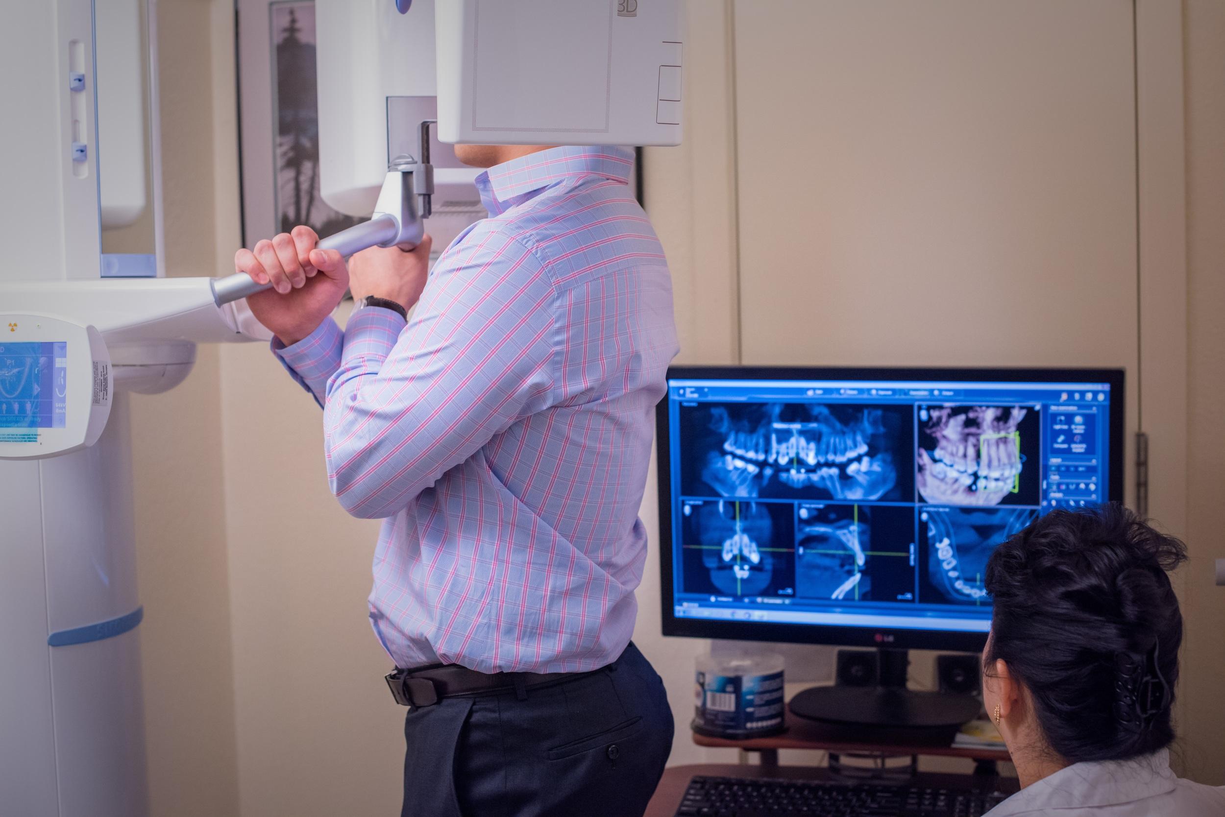 Sirona Orthophos XG 3D Imaging (in use)