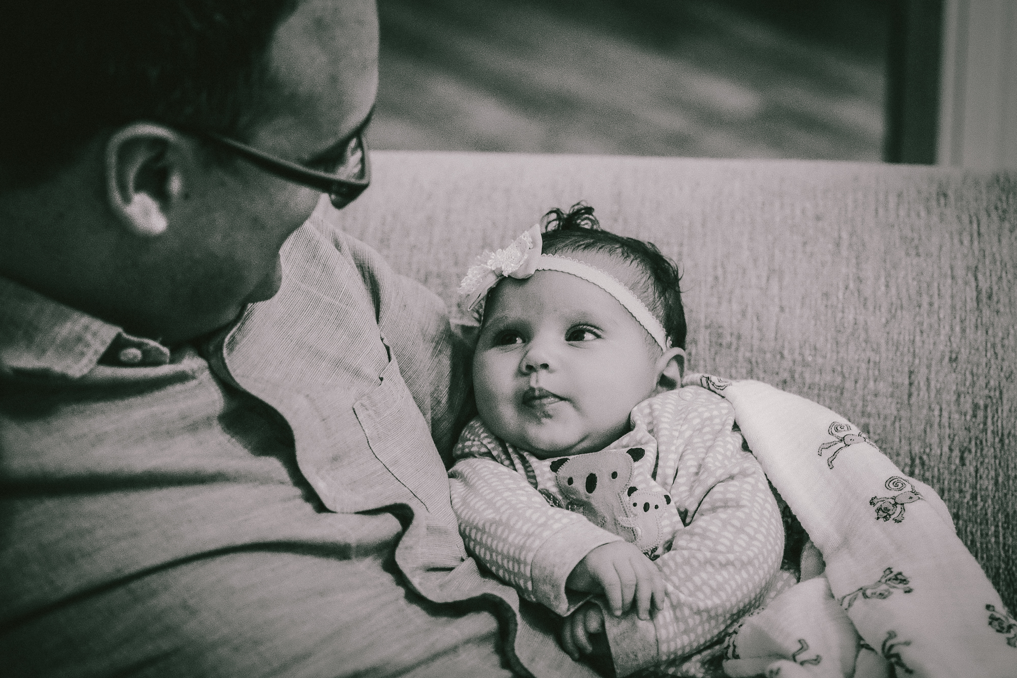 jasmine-preview-swansea-family-baby-photographer