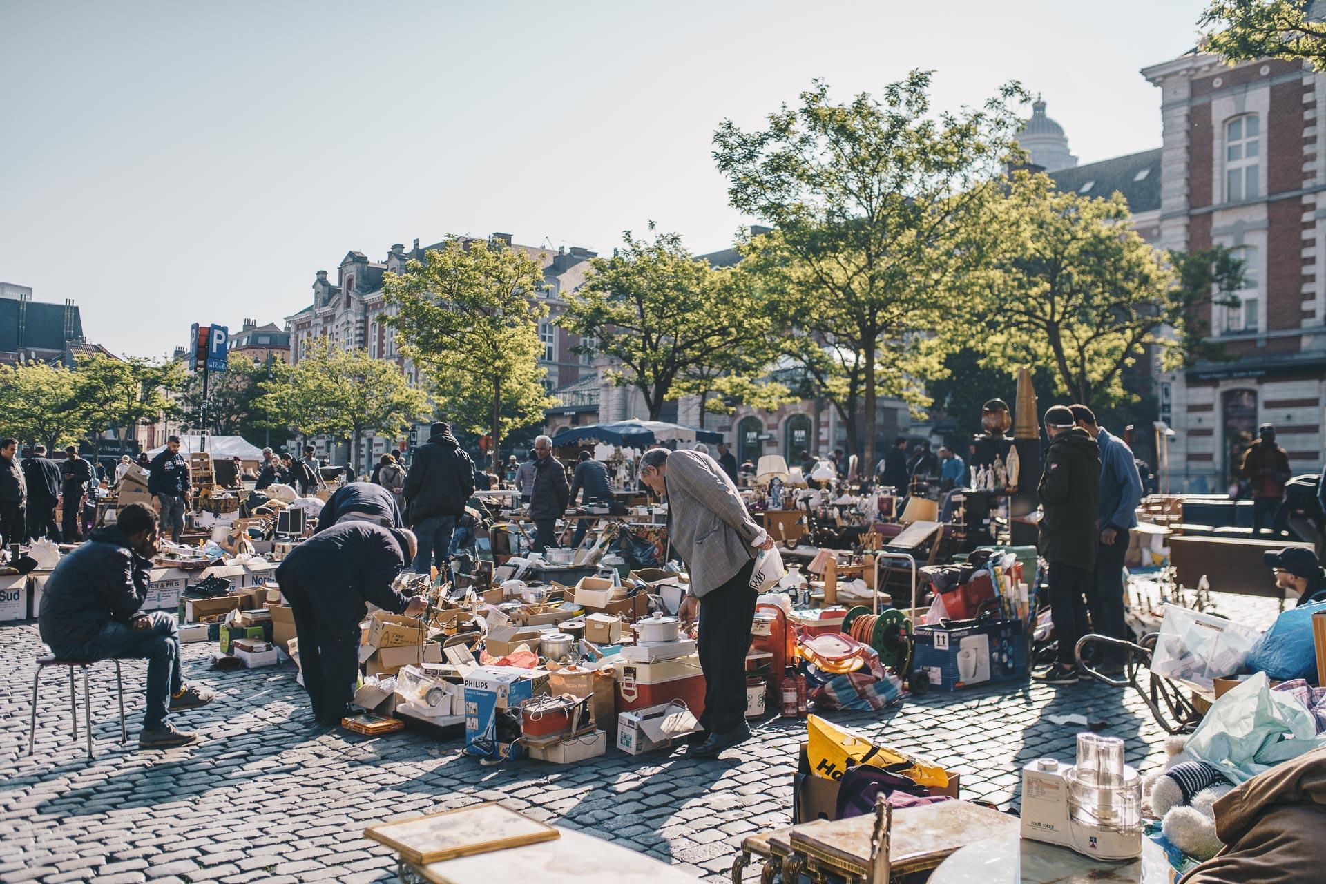 Place du Jeu de Balle 's flea market