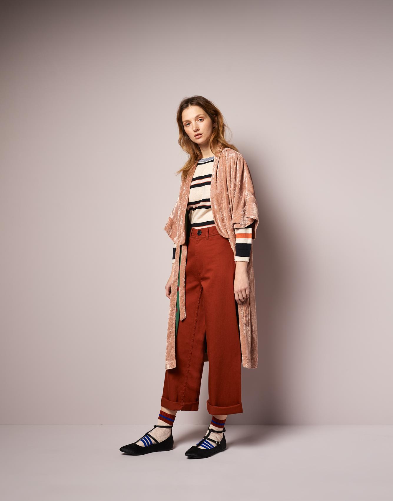 Kimono Foyer  -  Knitwear Gops  -  Pants Lotan